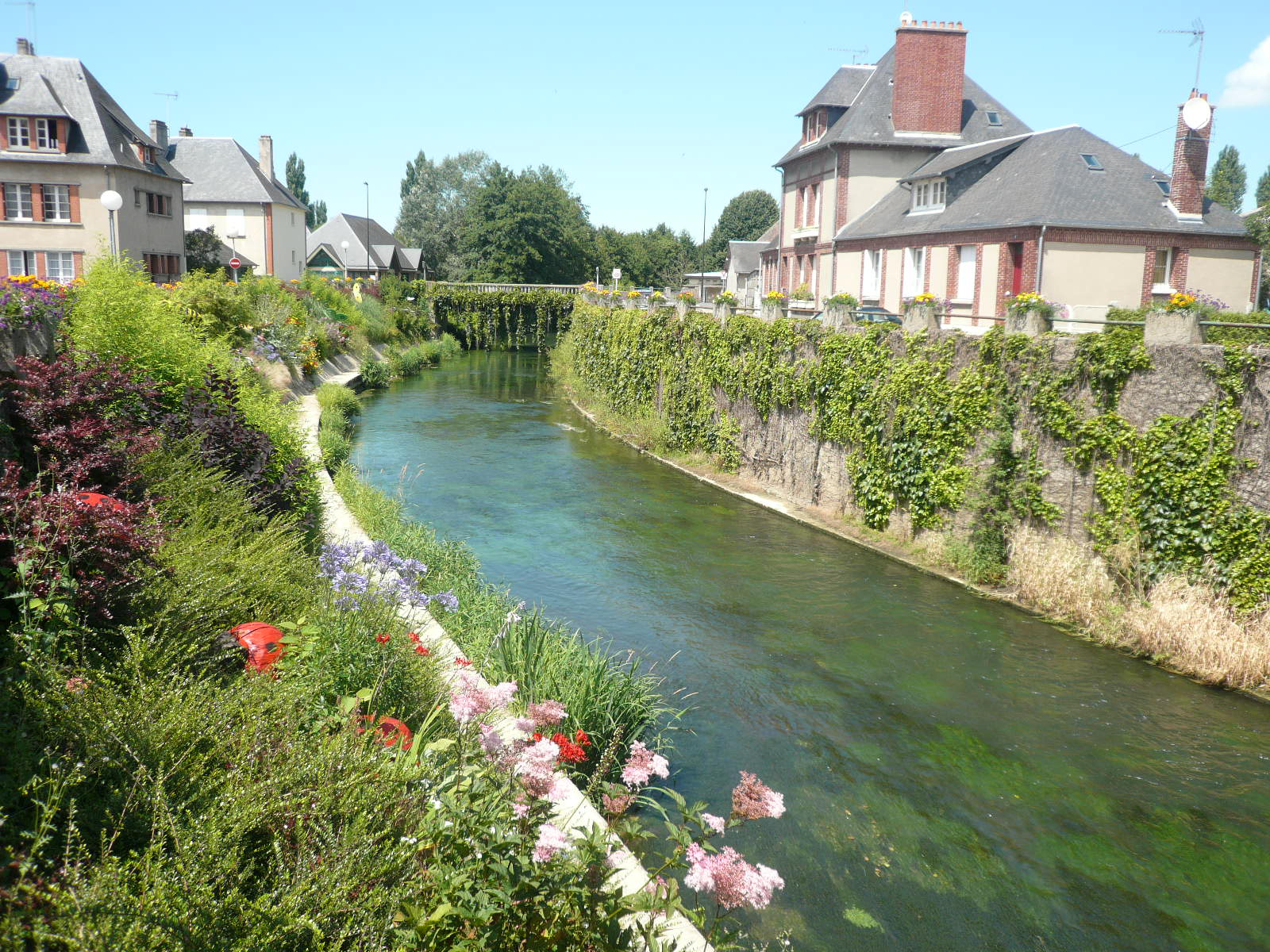 Touques France  city photos gallery : Fichier:P1030245 Pont l'Eveque et la Touques — Wikipédia