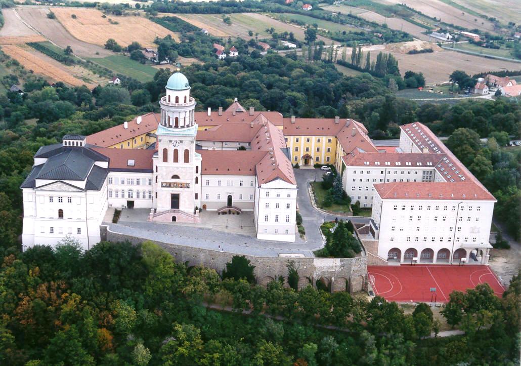 Pannonhalman benediktiiniluostari