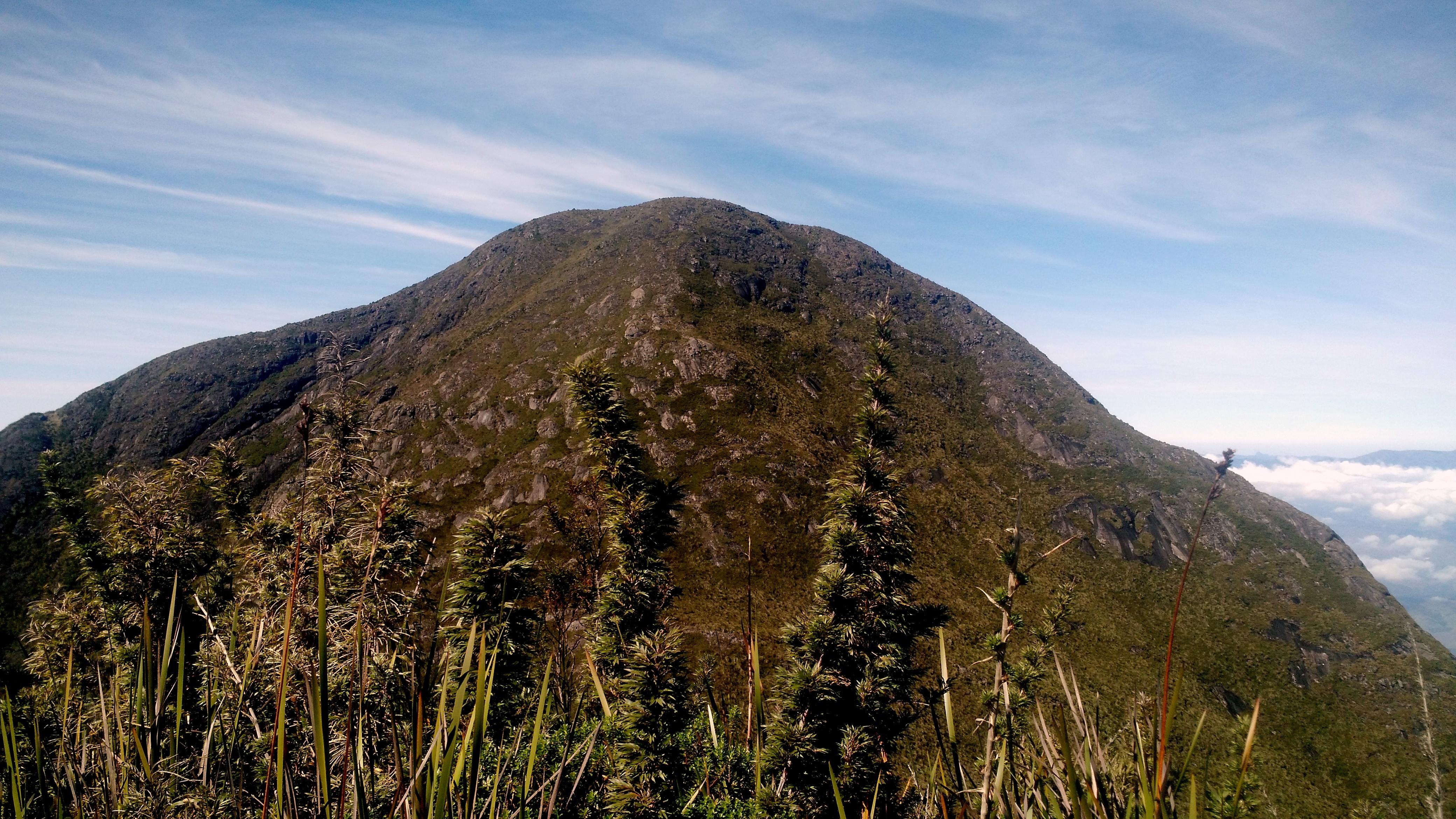 File:Pico da Cabeça de Touro.jpg - Wikimedia Commons
