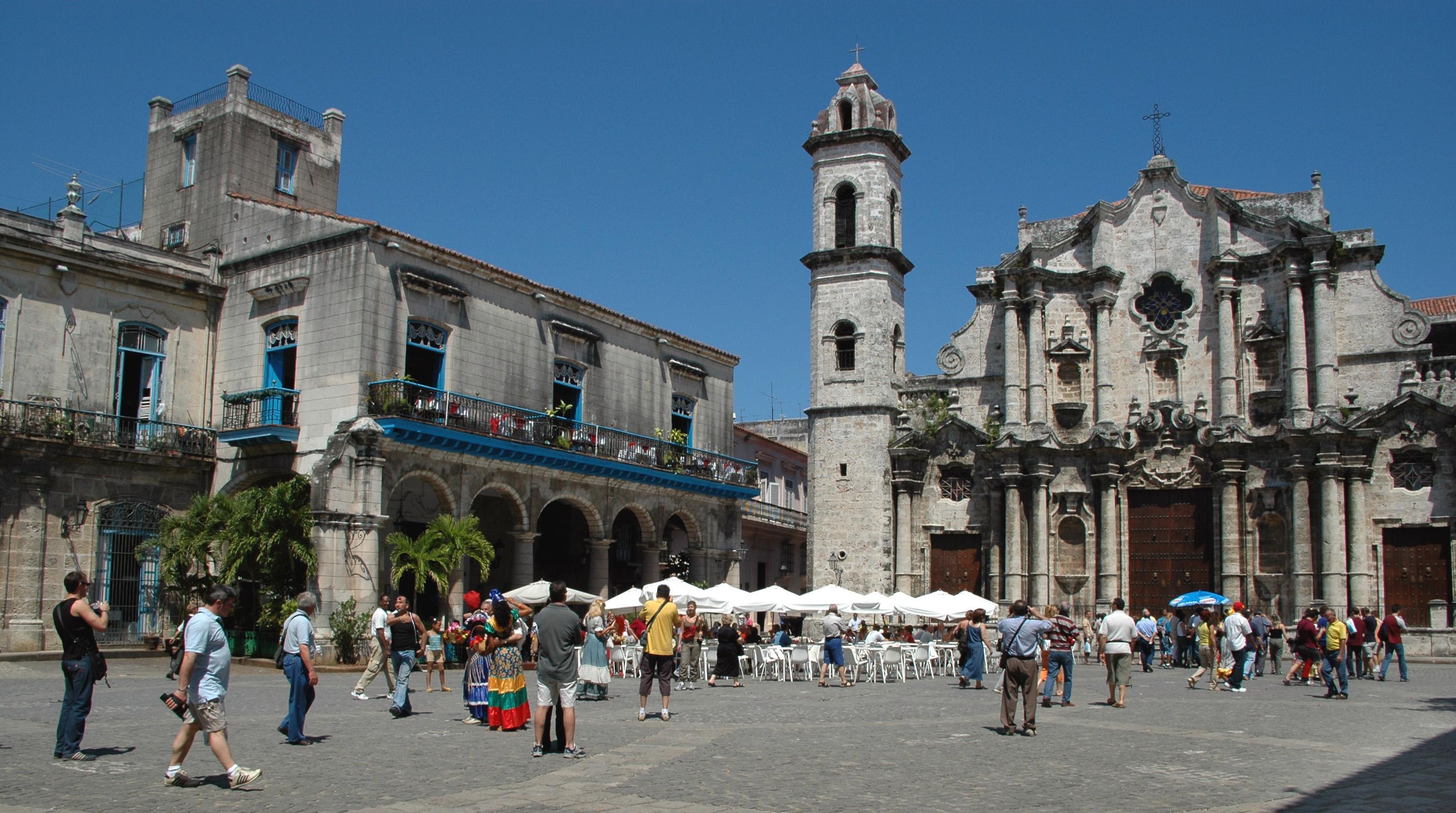 Plaza de la Catedral, Cuba