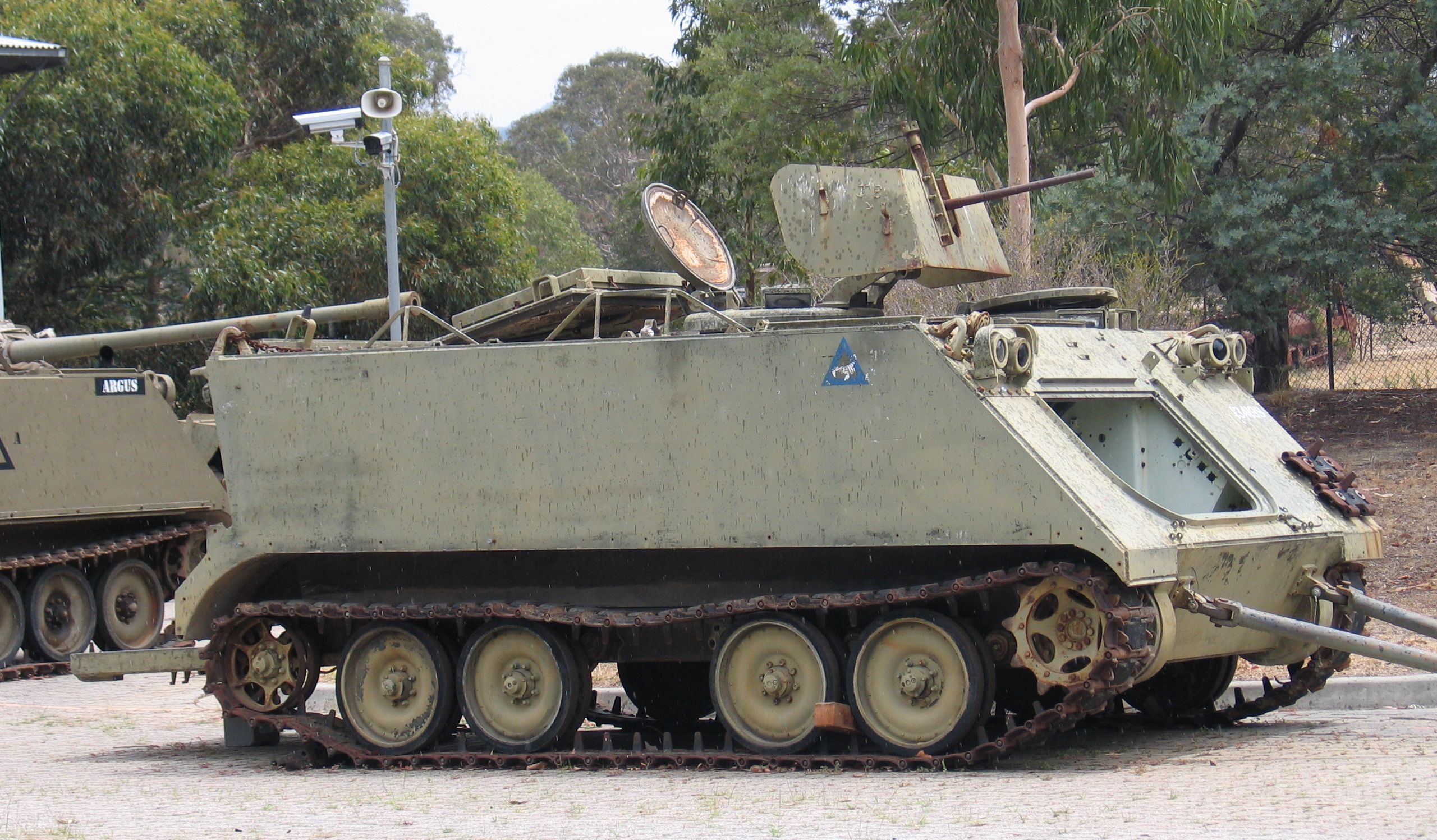 Armored Vehicles For Sale >> File:Puckapunyal-M113-3-1.jpg - Wikimedia Commons