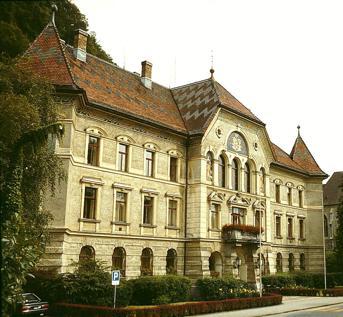 Regierungsgebäude Vaduz (Tom Ordelman)