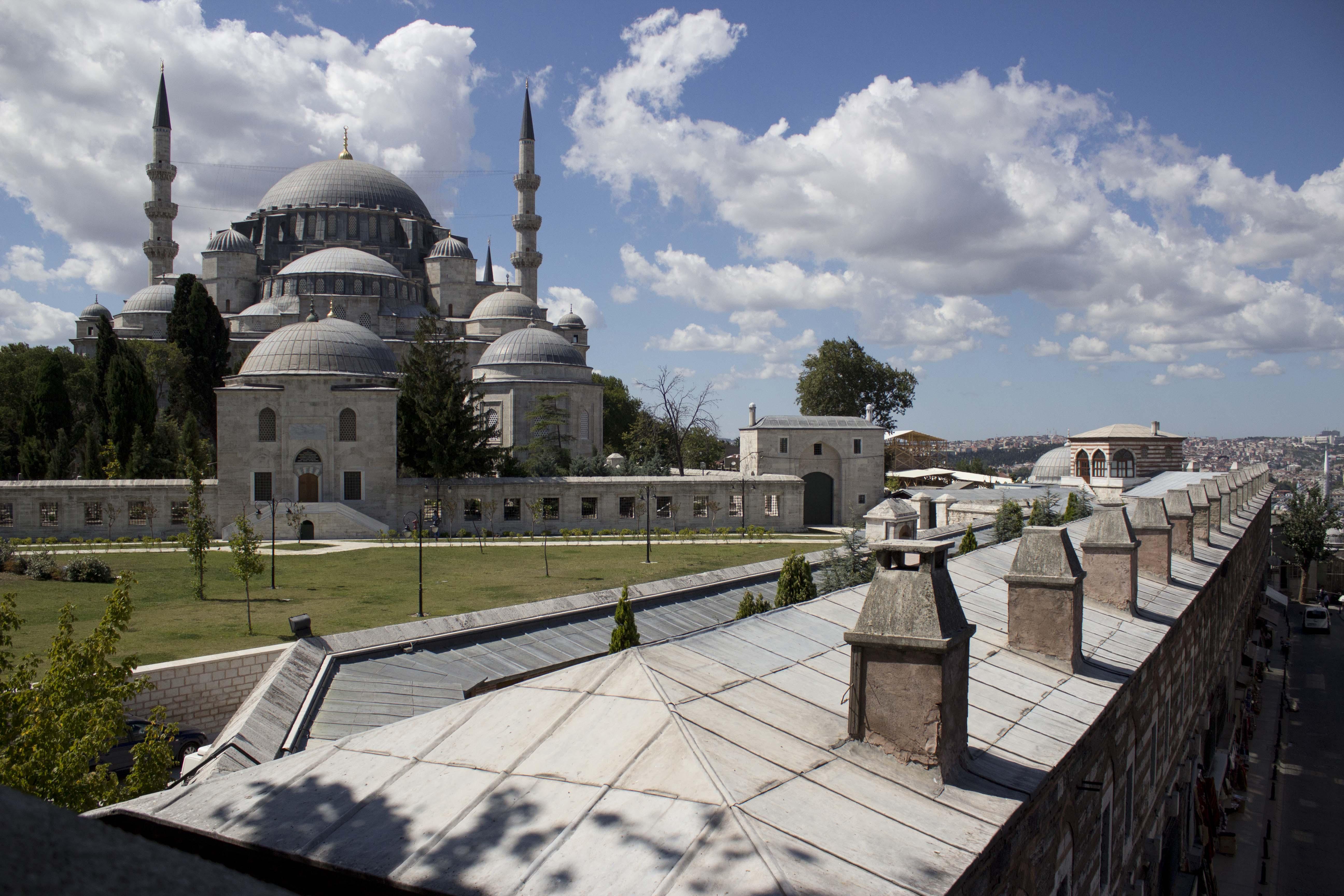 File:Süleymaniye Mosque.jpg - Wikimedia Commons