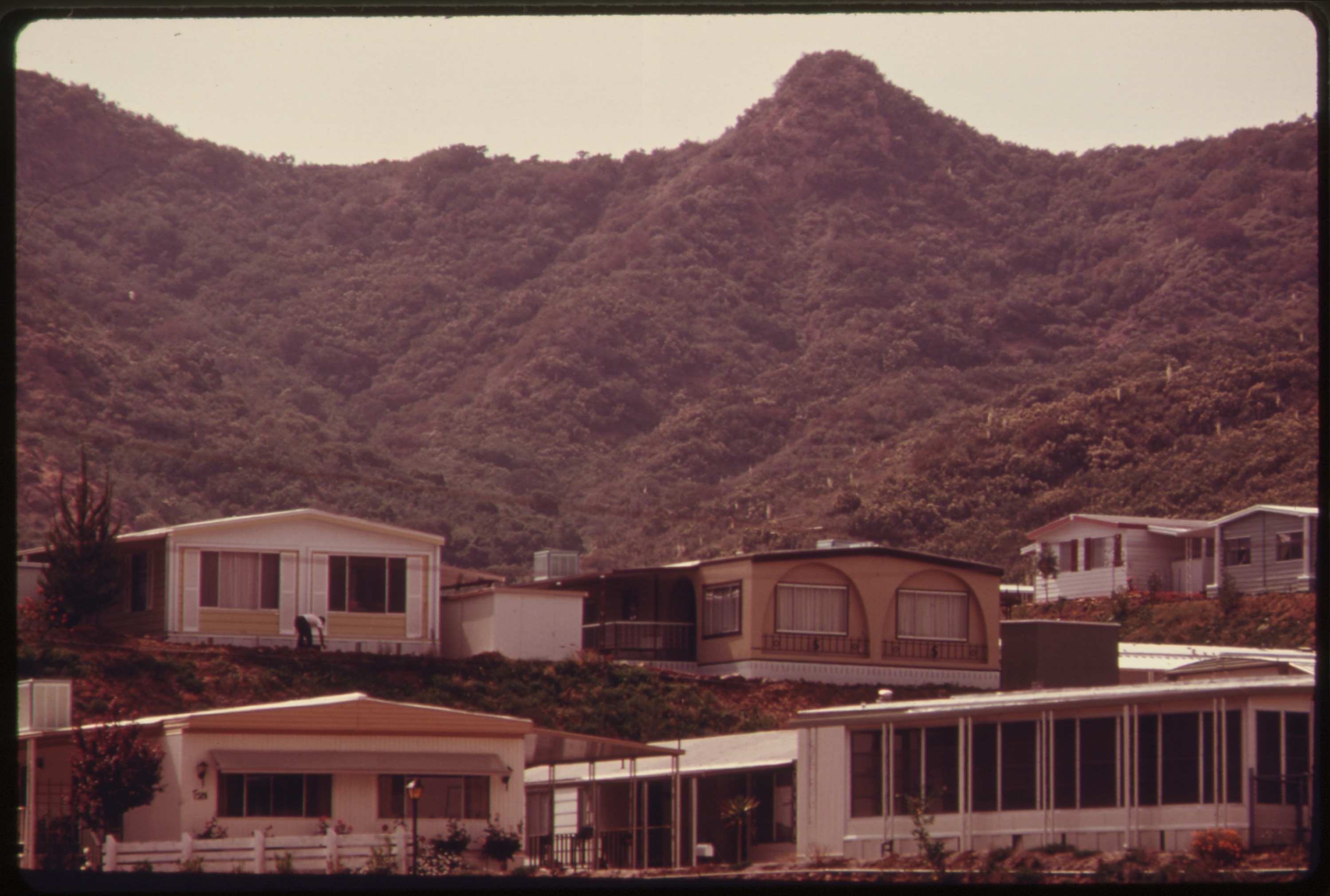 FileSEMINOLE SPRINGS MOBILE HOME PARK ON MULHOLLAND DRIVE NEAR MALIBU CALIFORNIA