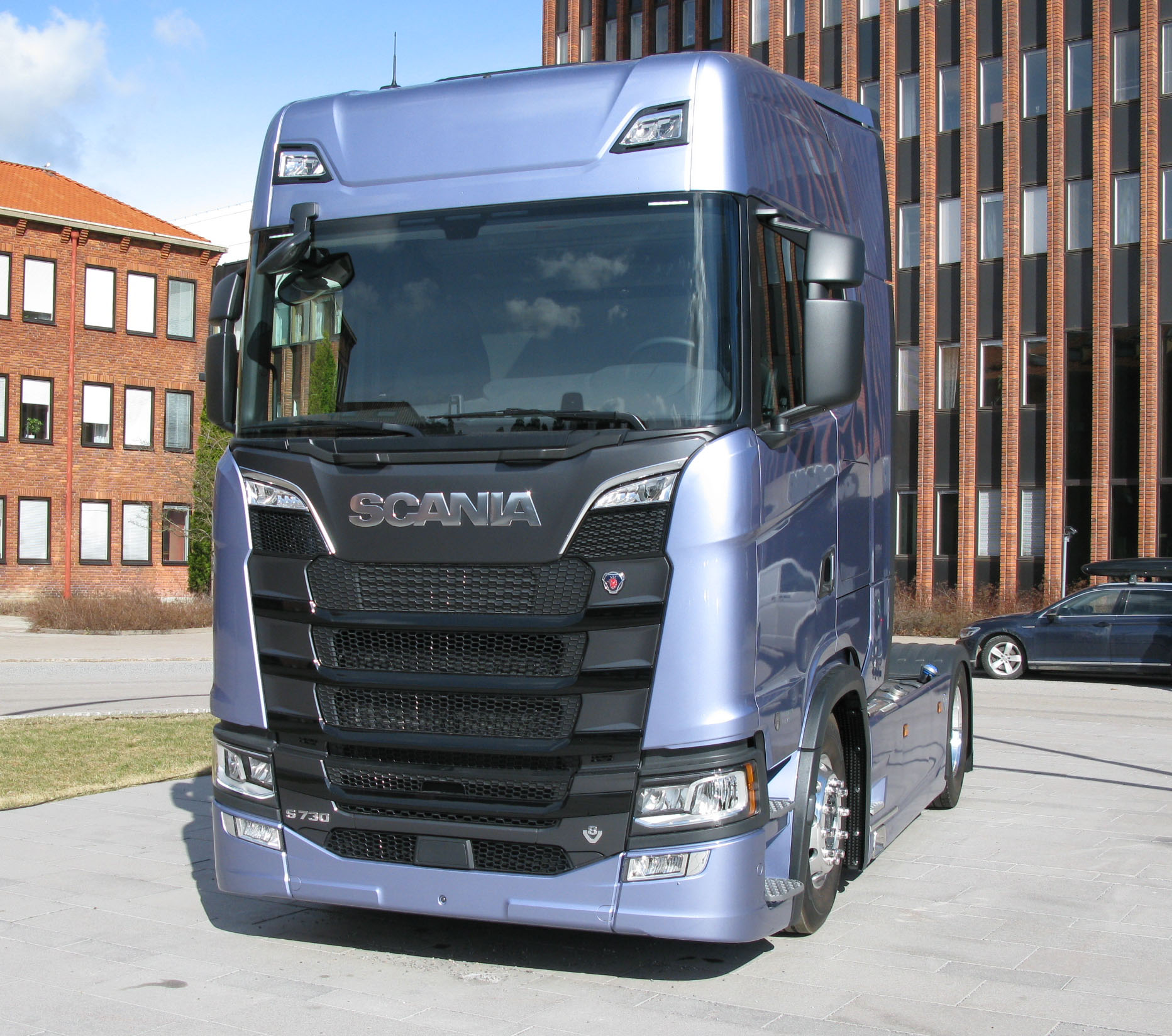 File:Scania S730 2 jpg - Wikimedia Commons
