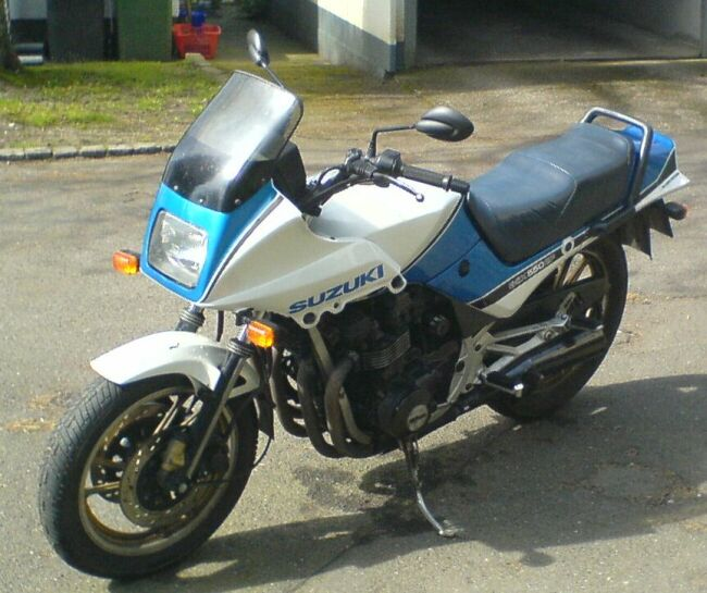 Suzuki Gs Cafe Racer Build