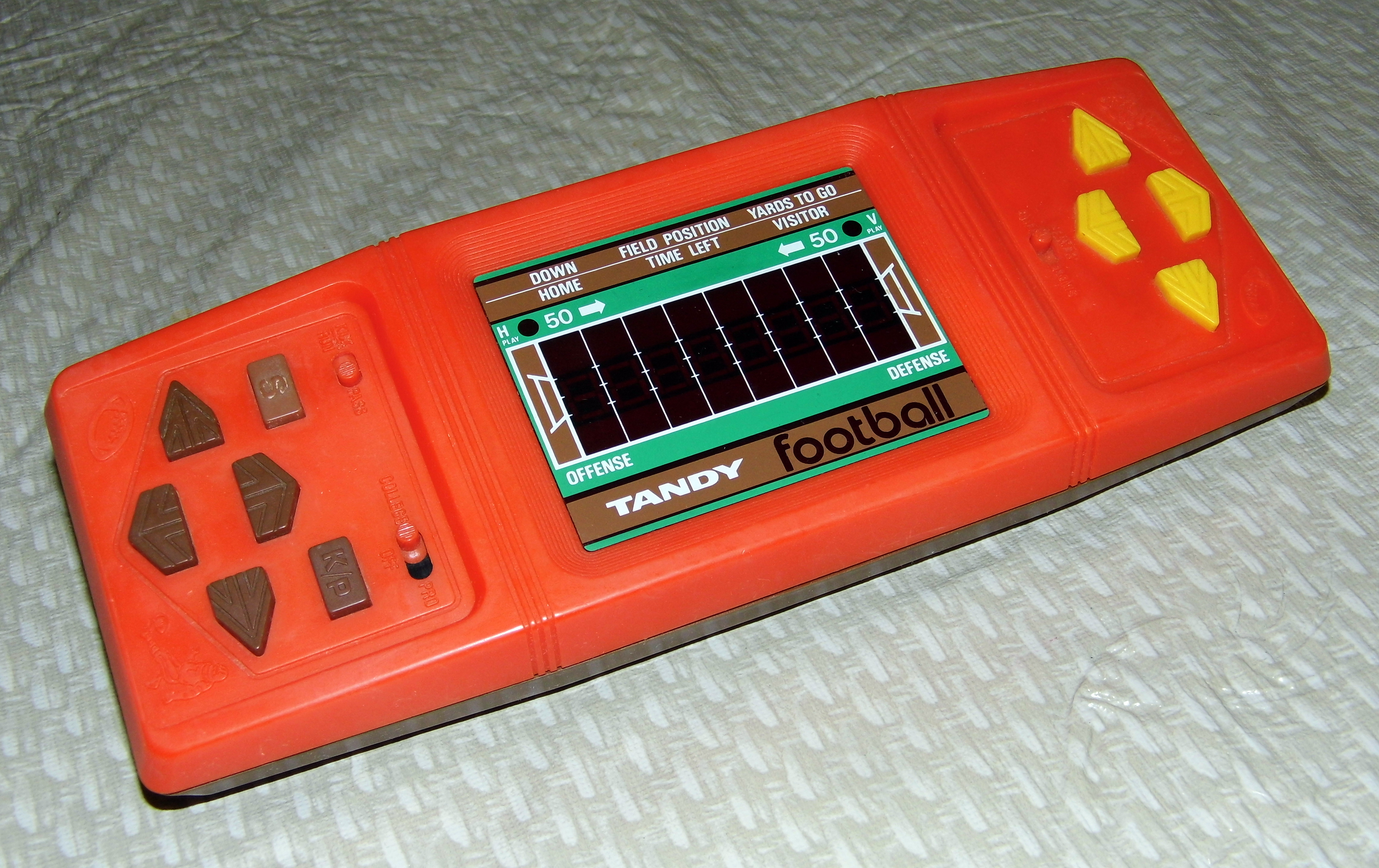 Vintage Arcade Games >> File:Tandy 2-Player Football, Made in Hong Kong, Sold by Radio Shack, Circa 1980s (LED Handheld ...