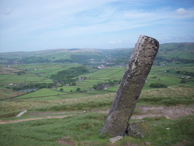 The Long Stoop, on the Calderdale Way - geograph.org.uk - 882305