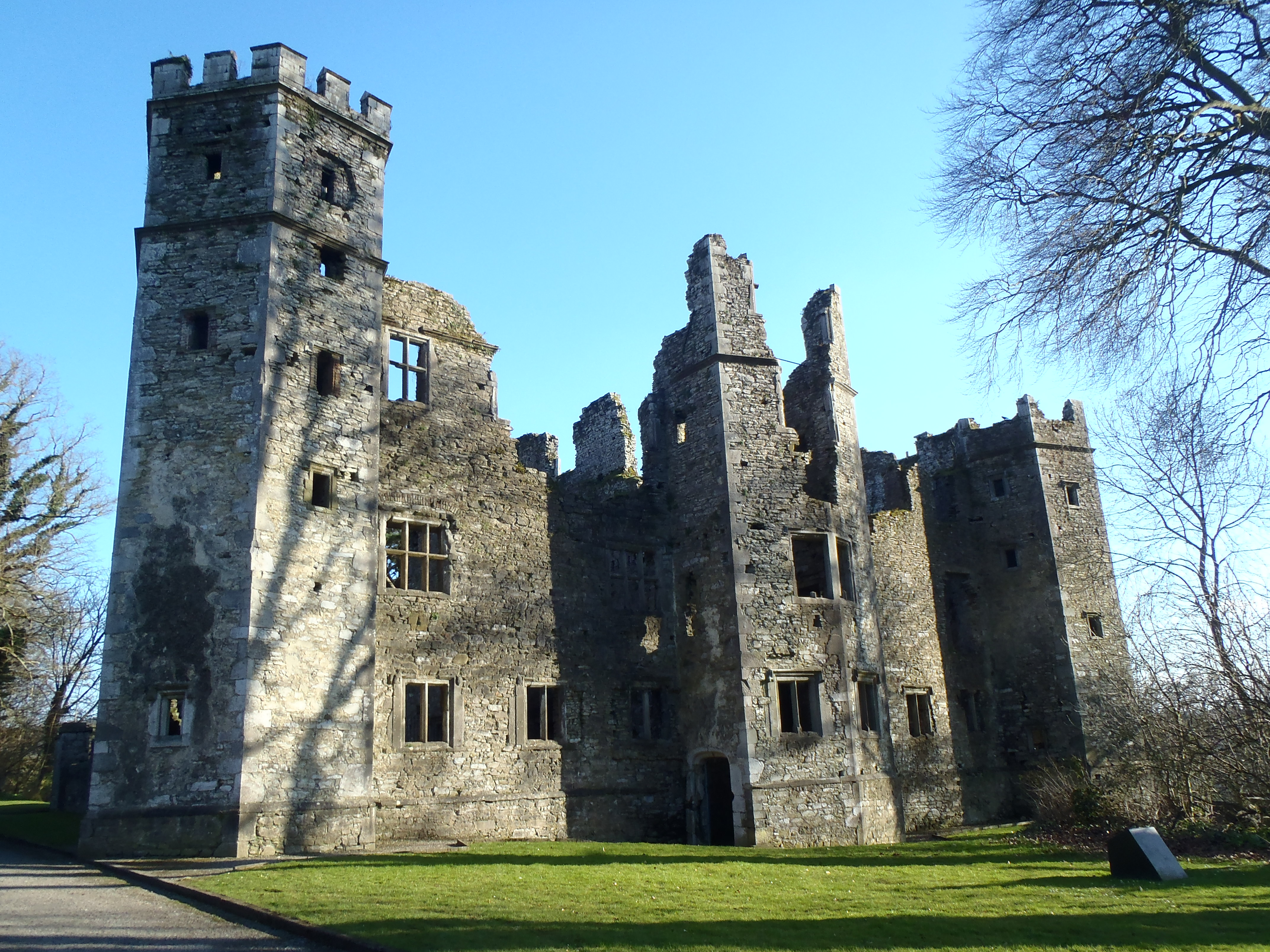 mallow castle park, mallow town park and spa house park