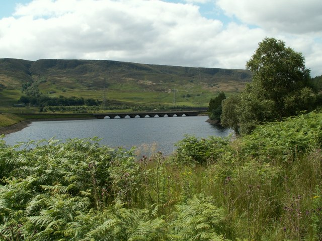 The northern arm of Woodhead Reservoir - geograph.org.uk - 884411