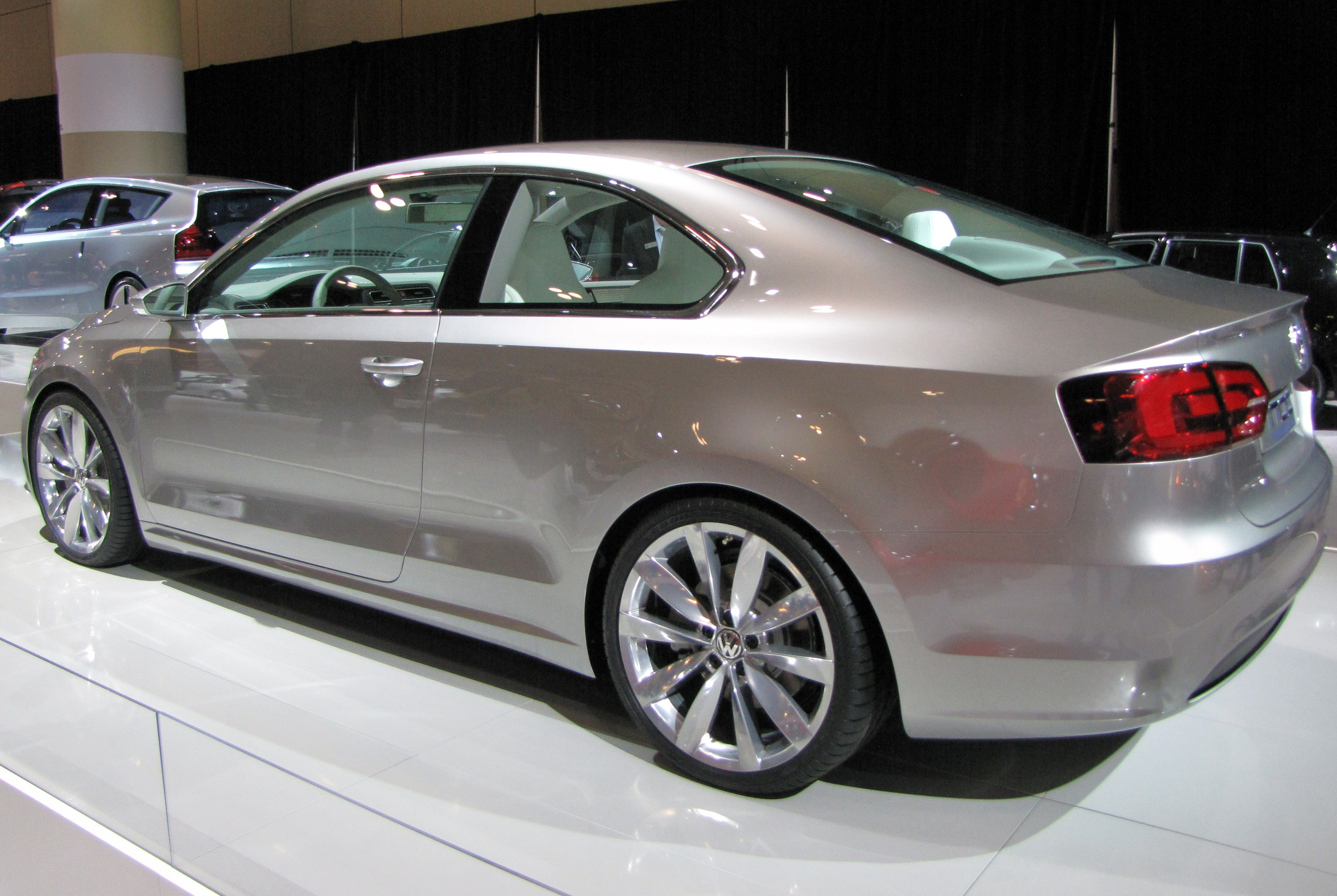File:VW New Compact Coupé Heck.jpg - Wikimedia Commons
