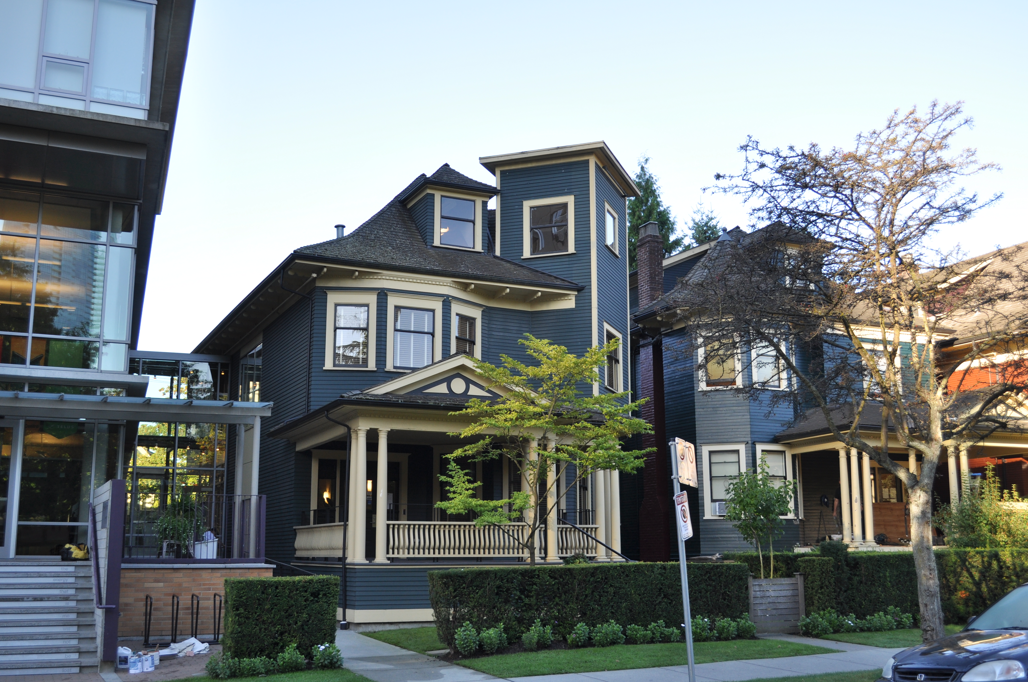 File Vancouver Mole Hill Wikimedia Commons