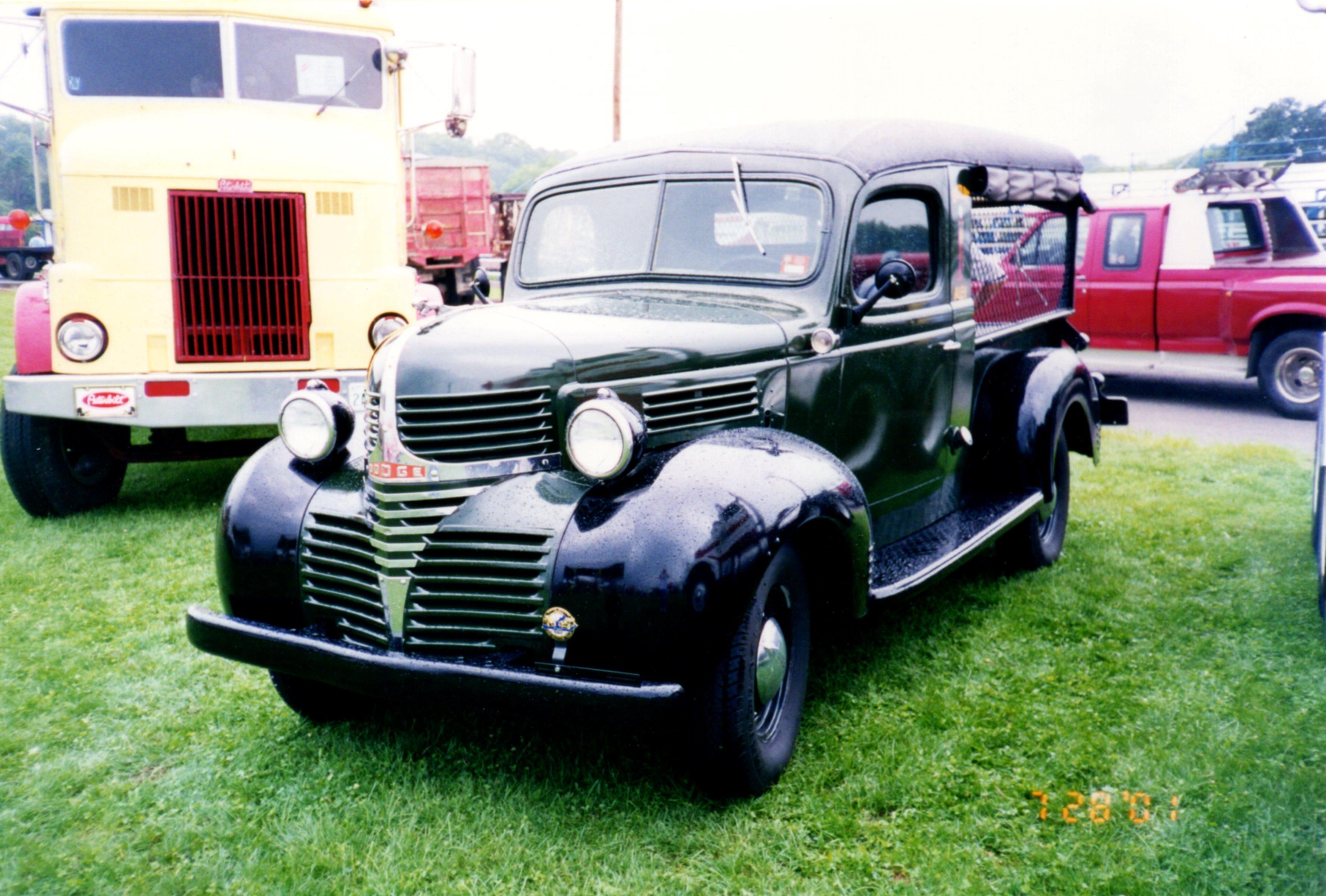 File1940 Dodge Canopy Express - 01.jpg & File:1940 Dodge Canopy Express - 01.jpg - Wikimedia Commons