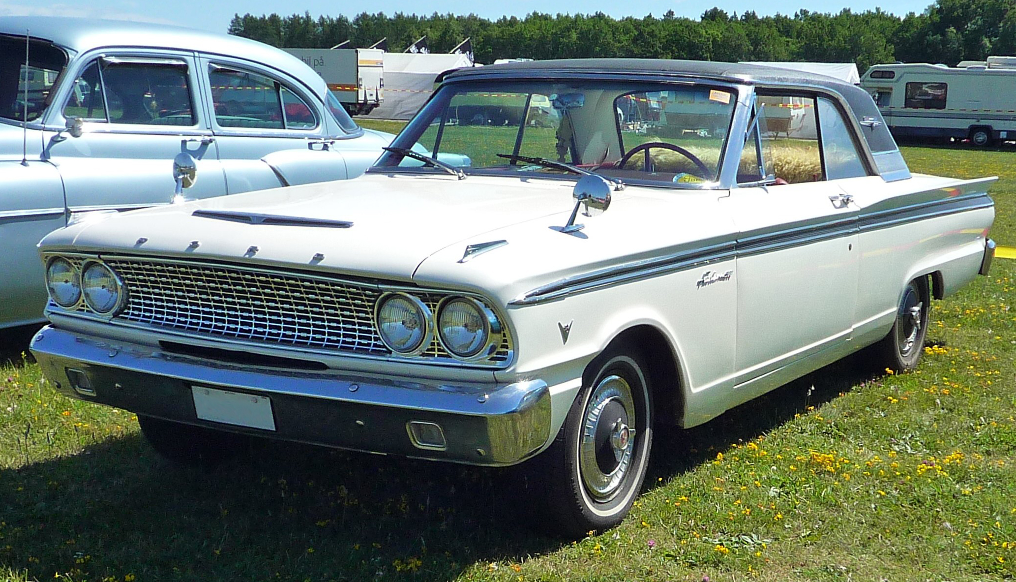 File1963 Ford Fairlane 500 Sports Coupe