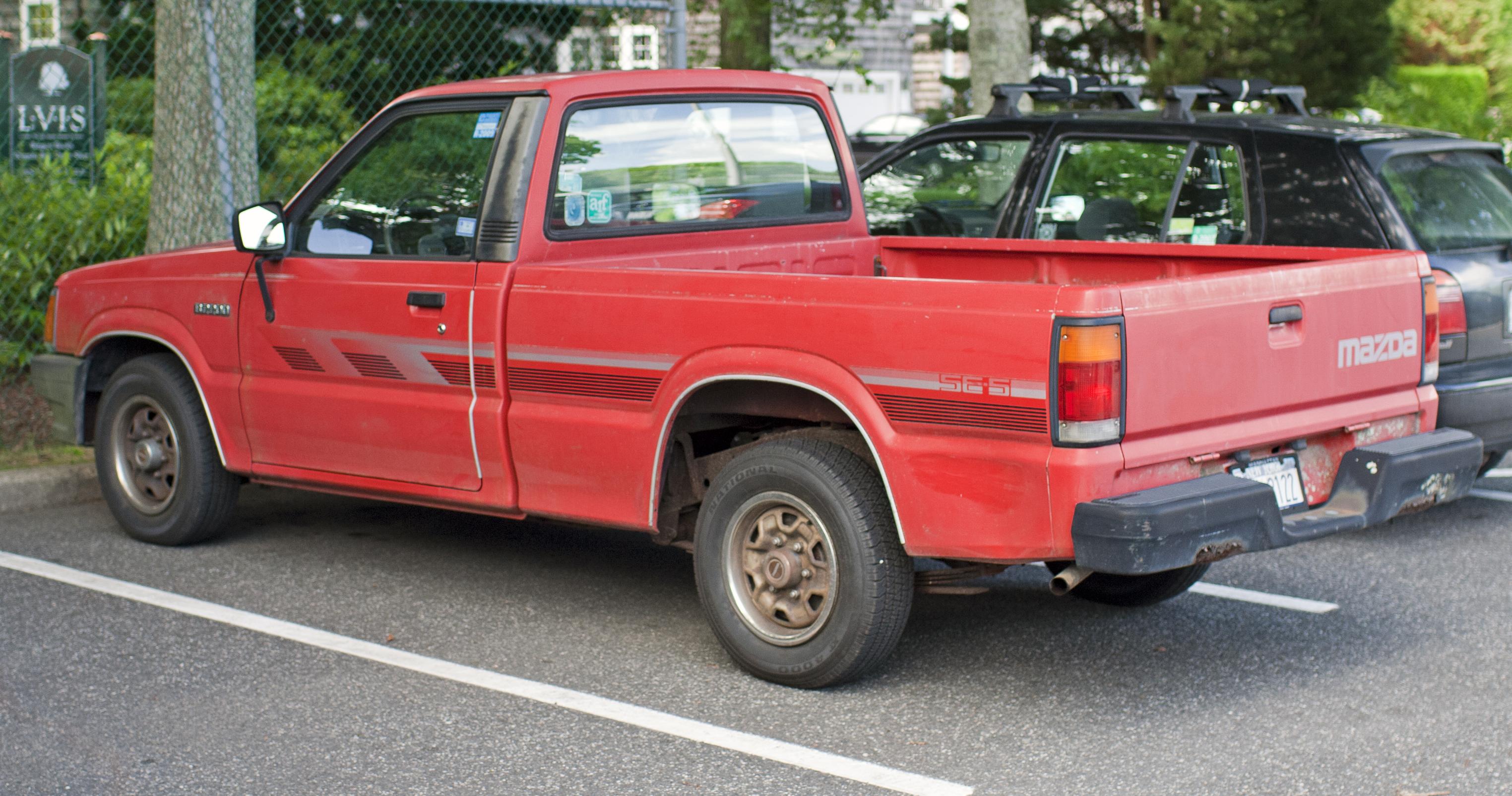 File 1990 Mazda B2200 Se 5 Jpg