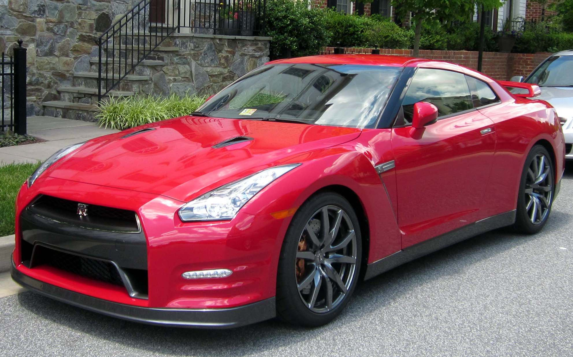 file:2013 nissan gt-r -- 06-23-2012 1 - wikimedia commons