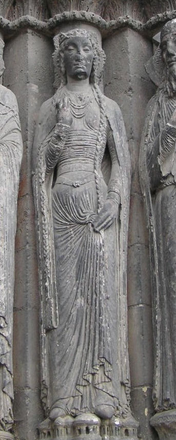Angers Cathedral sculpture: woman with hair in 2 knee-length braids
