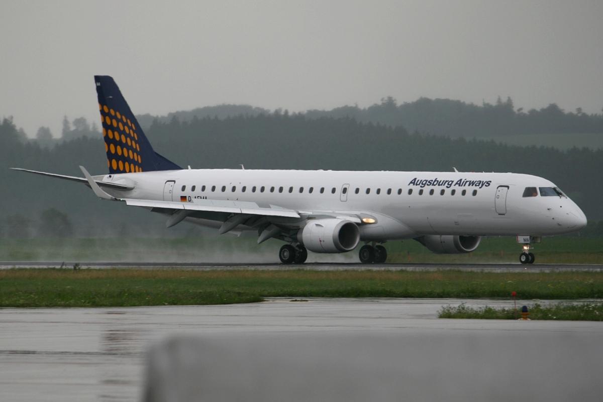 File:Augsburg Airways E195 D-AEMA.jpg - Wikipedia, the free ...: en.wikipedia.org/wiki/File:Augsburg_Airways_E195_D-AEMA.jpg