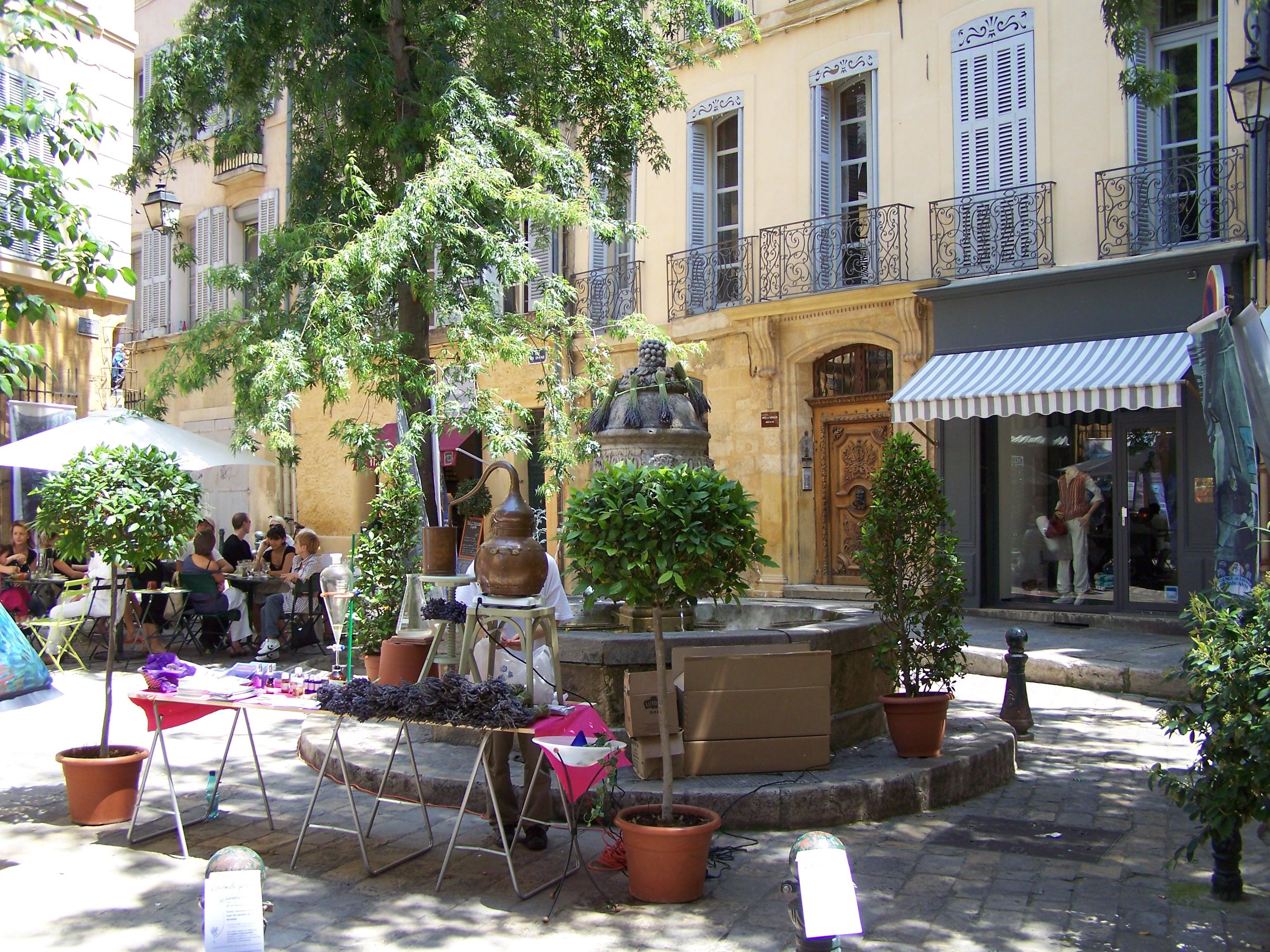 File Brunnen In Aix En Provence