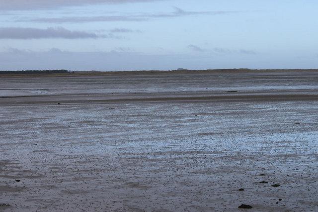 File:Budle Bay - geograph.org.uk - 728208.jpg