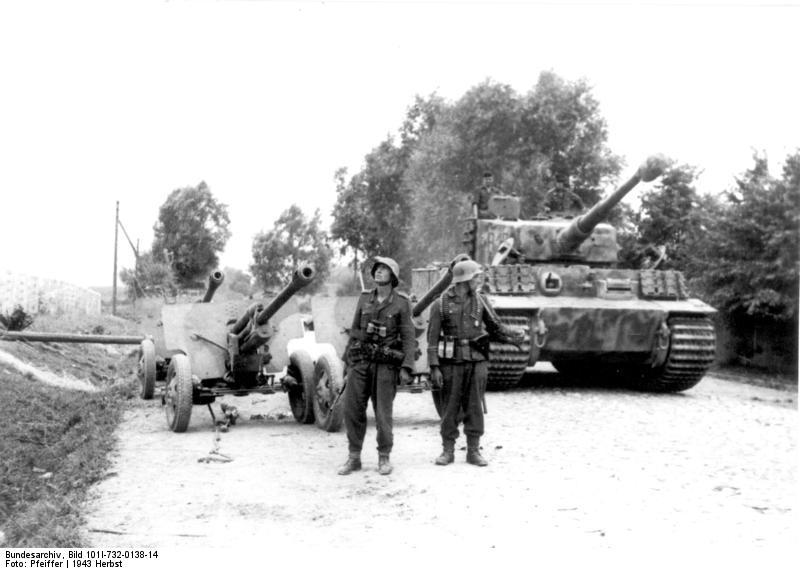 """Tiger B12 of III. Abteilung/Panzerregiment """"Großdeutschland"""""""