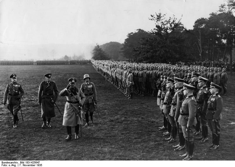 Bundesarchiv Bild 183-H25647, Berlin, Vereidigung junger Rekruten