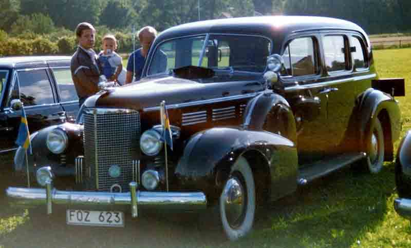 File:Cadillac Imperial Touring Limousine 1938 2.jpg