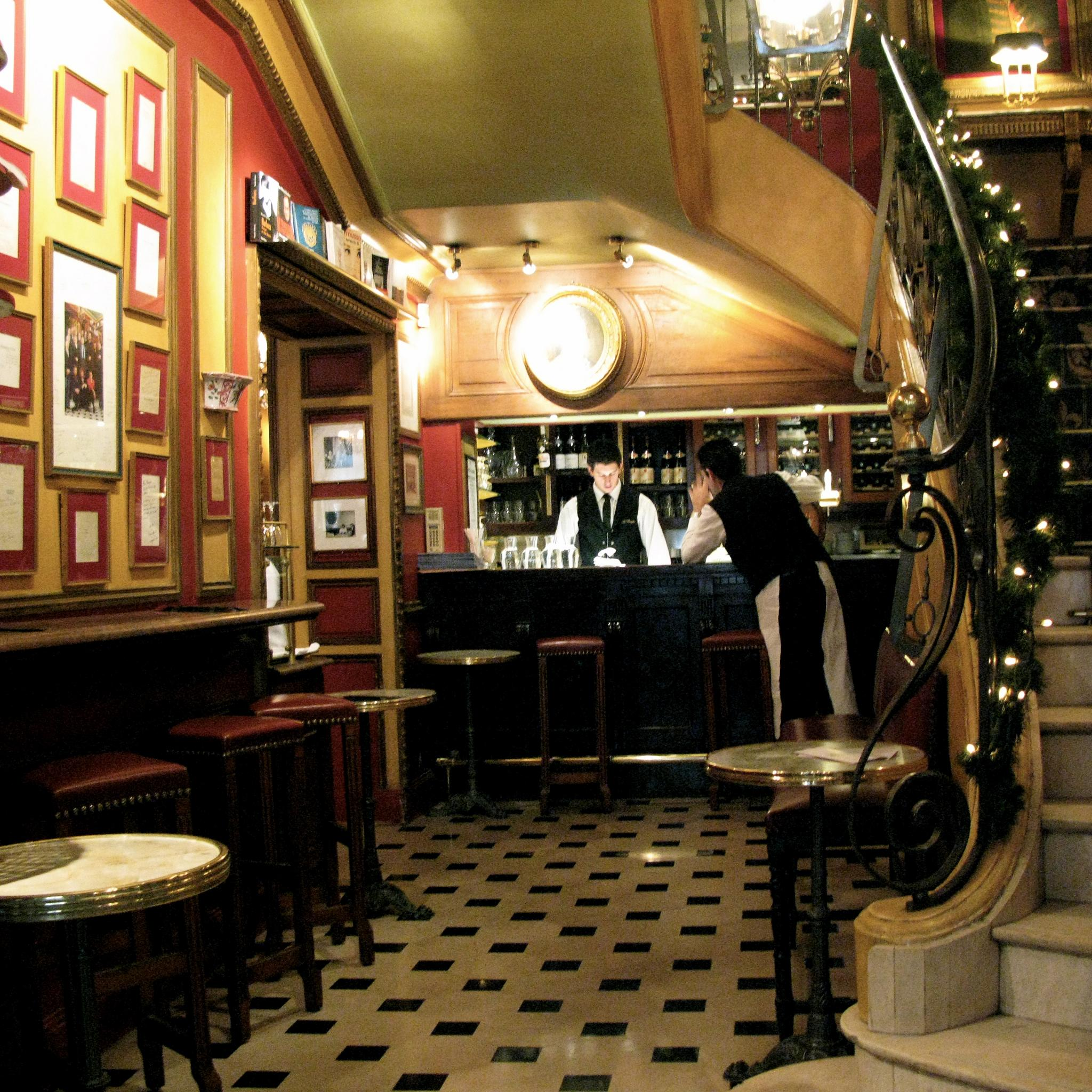 File:Cafe Procope bar.jpg - Wikimedia Commons