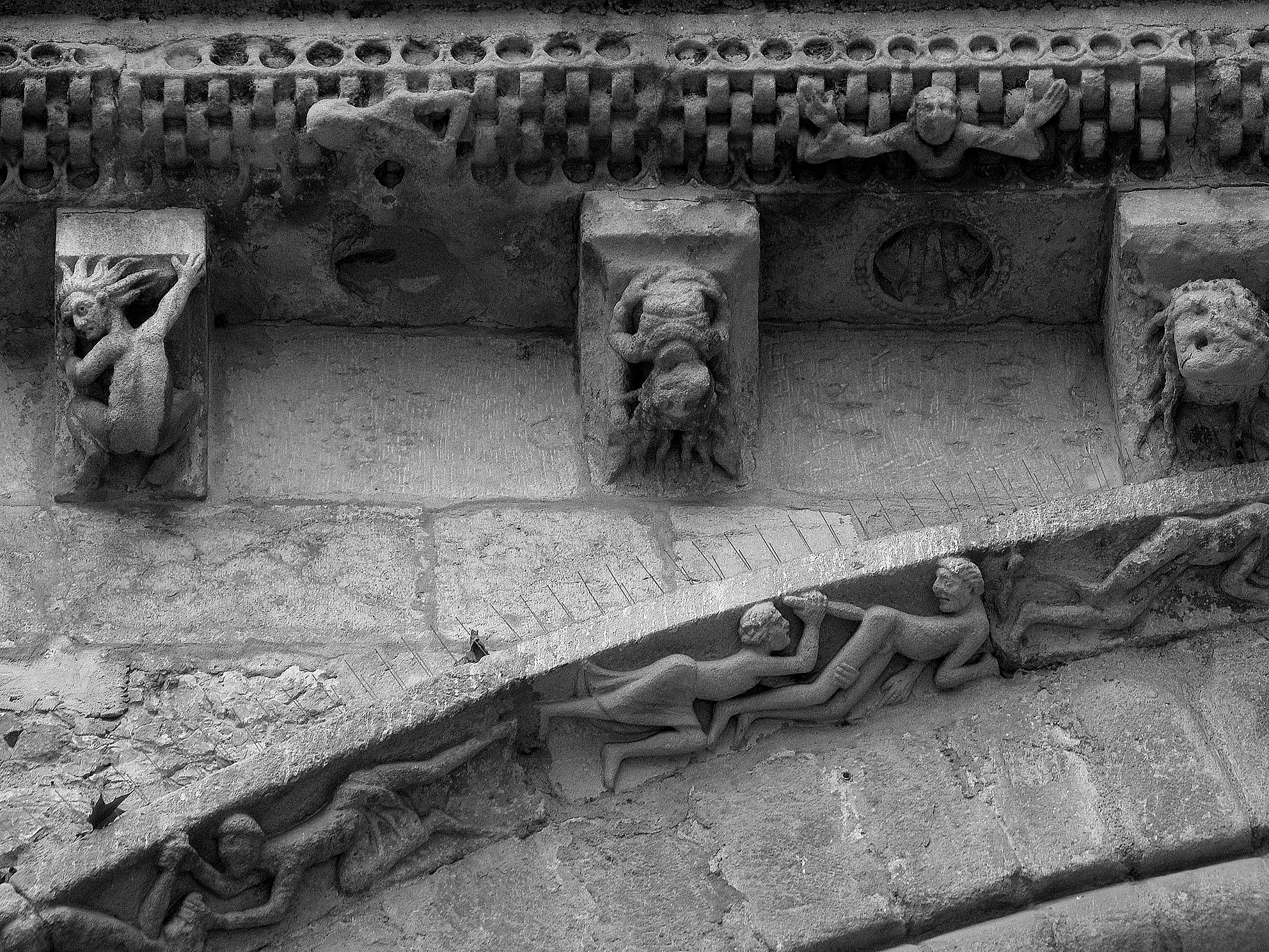 File cahors 46 cath drale saint tienne portail roman 05 jpg wikimedia commons - Cathedrale saint etienne de cahors ...