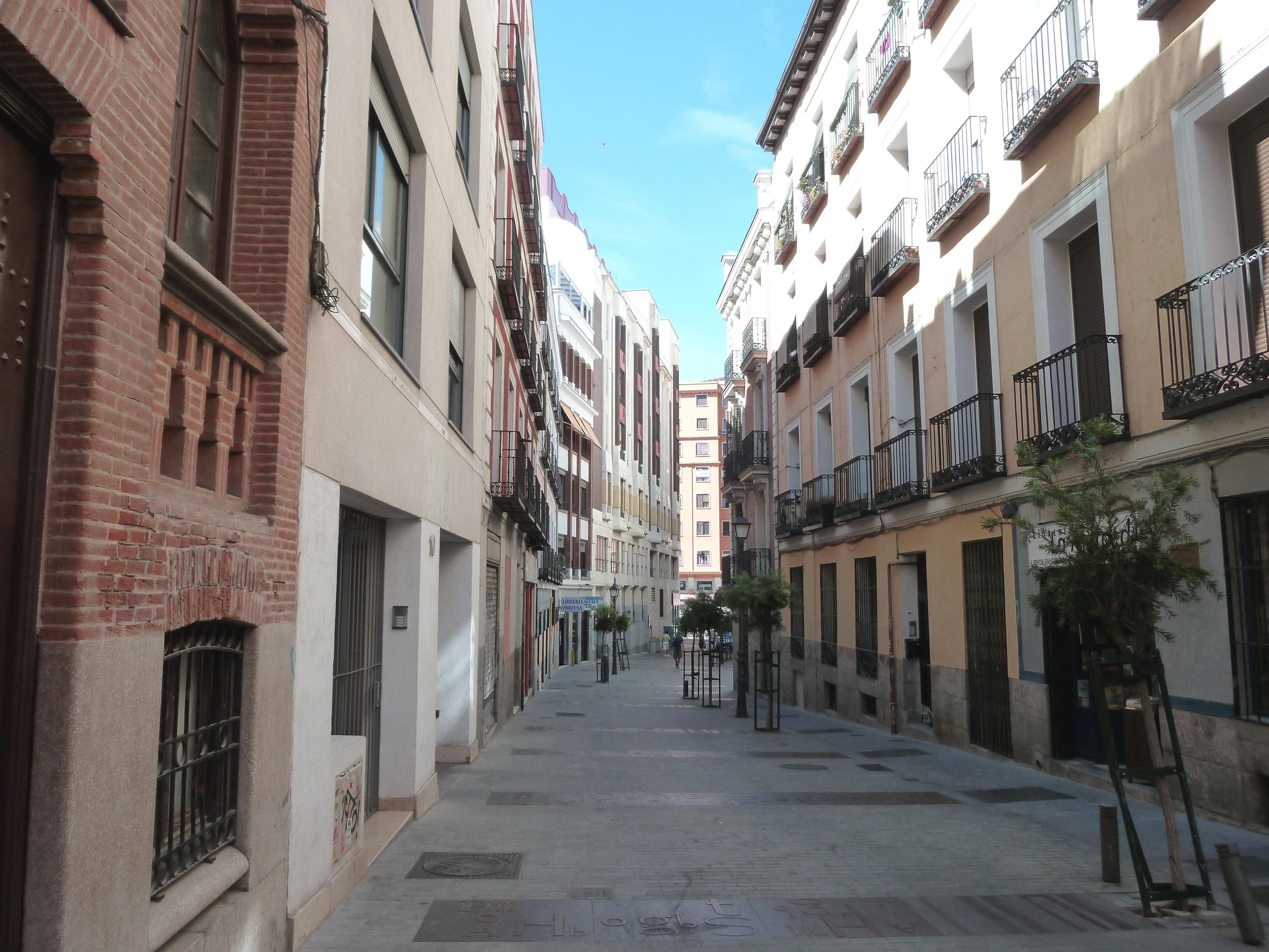 Archivo calle de los libreros madrid wikipedia - H m calle orense madrid ...