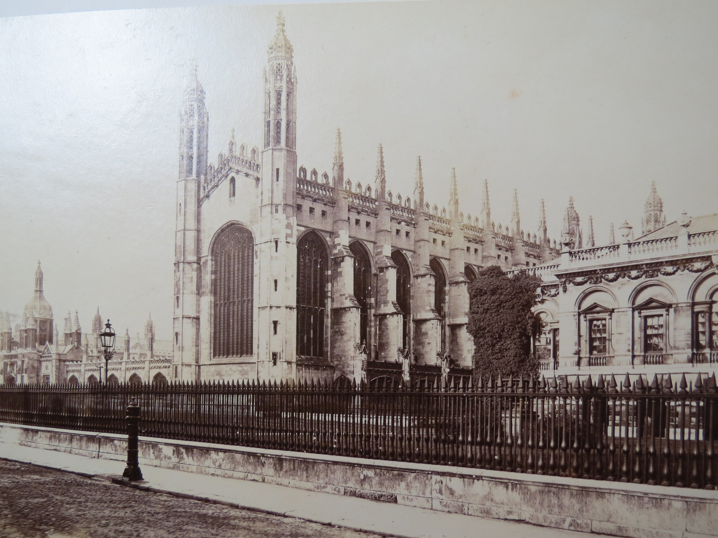 cambridge history The cambridge archives has various collections of documents and photographs  related to the local history of the city of cambridge and surrounding areas.