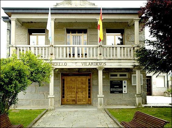 File:Casa Concello Vilardevós.jpg