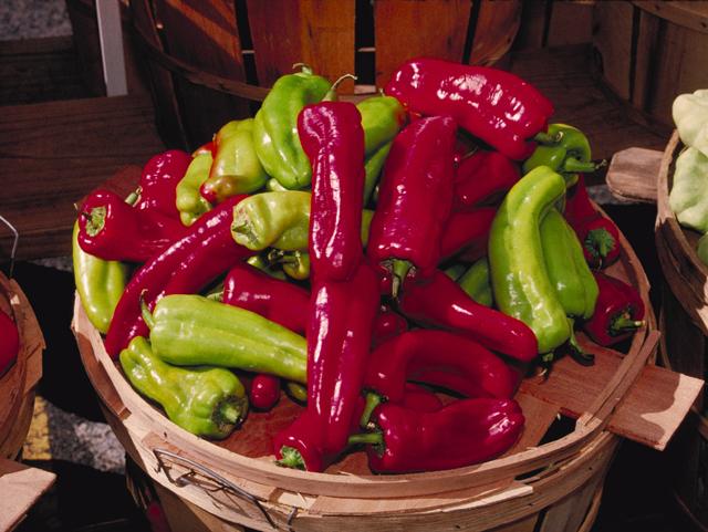 Cubanelle Peppers.jpg