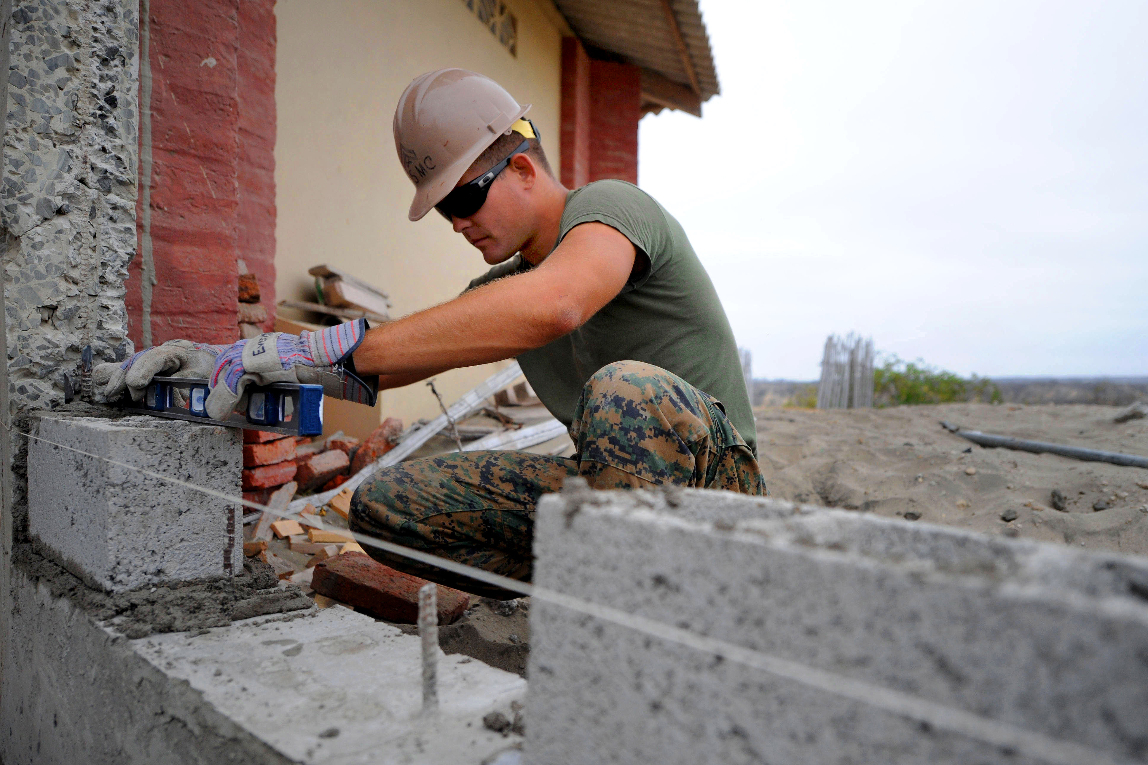 File:Defense.gov News Photo 110517-F-ET173-147 - U.S ...