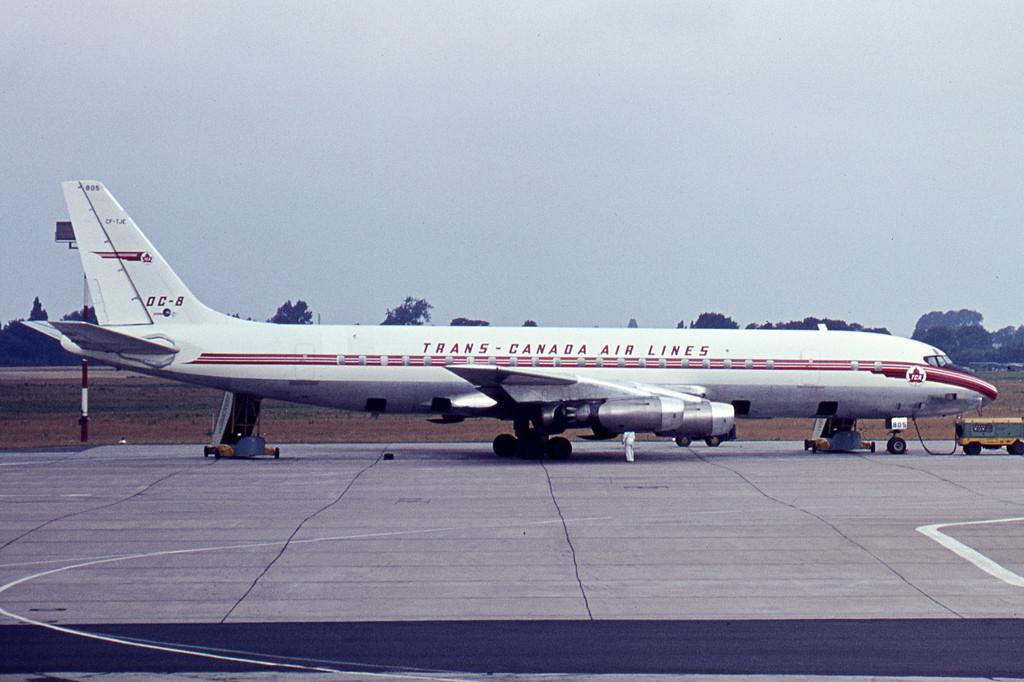 Douglas_DC-8-43,_CF-TJE,_Trans_Canada_Ai