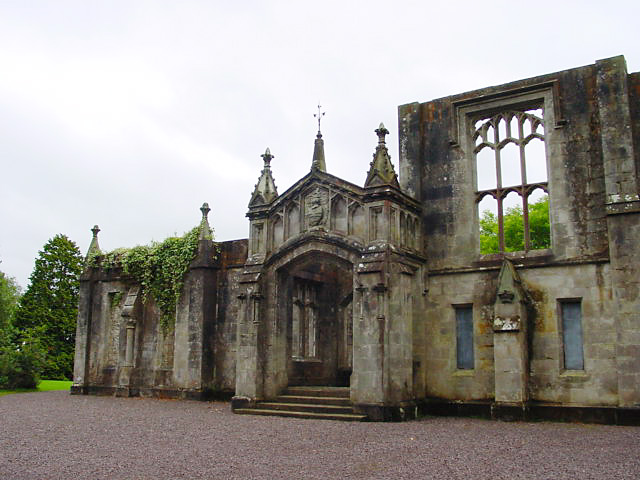 Drum Manor House. The manor house was built in 1876 as the home of the Close family with parkland, gardens and fish-ponds. Only the walls remain of the house.