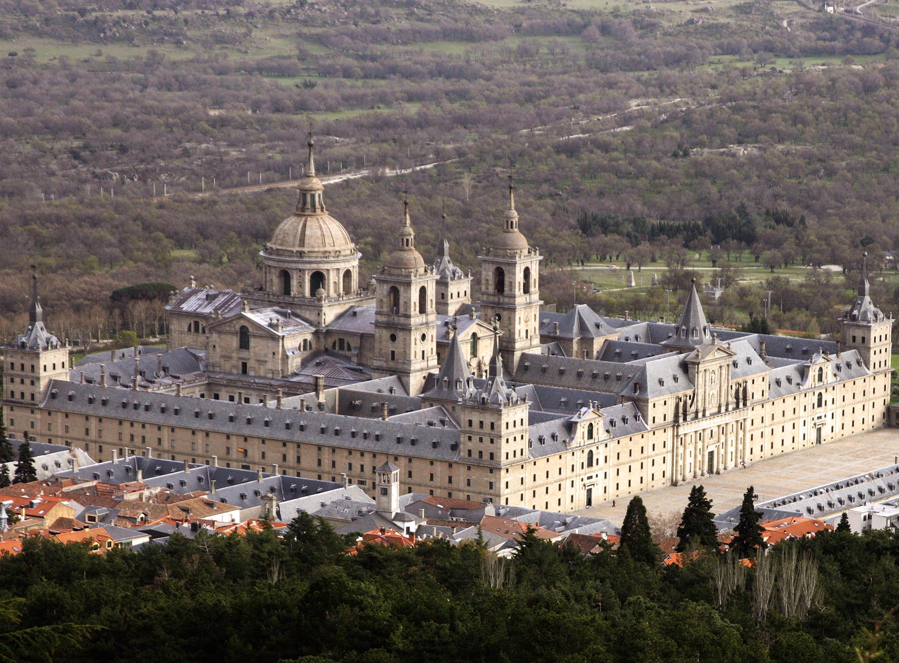 File:El escorial.jpg
