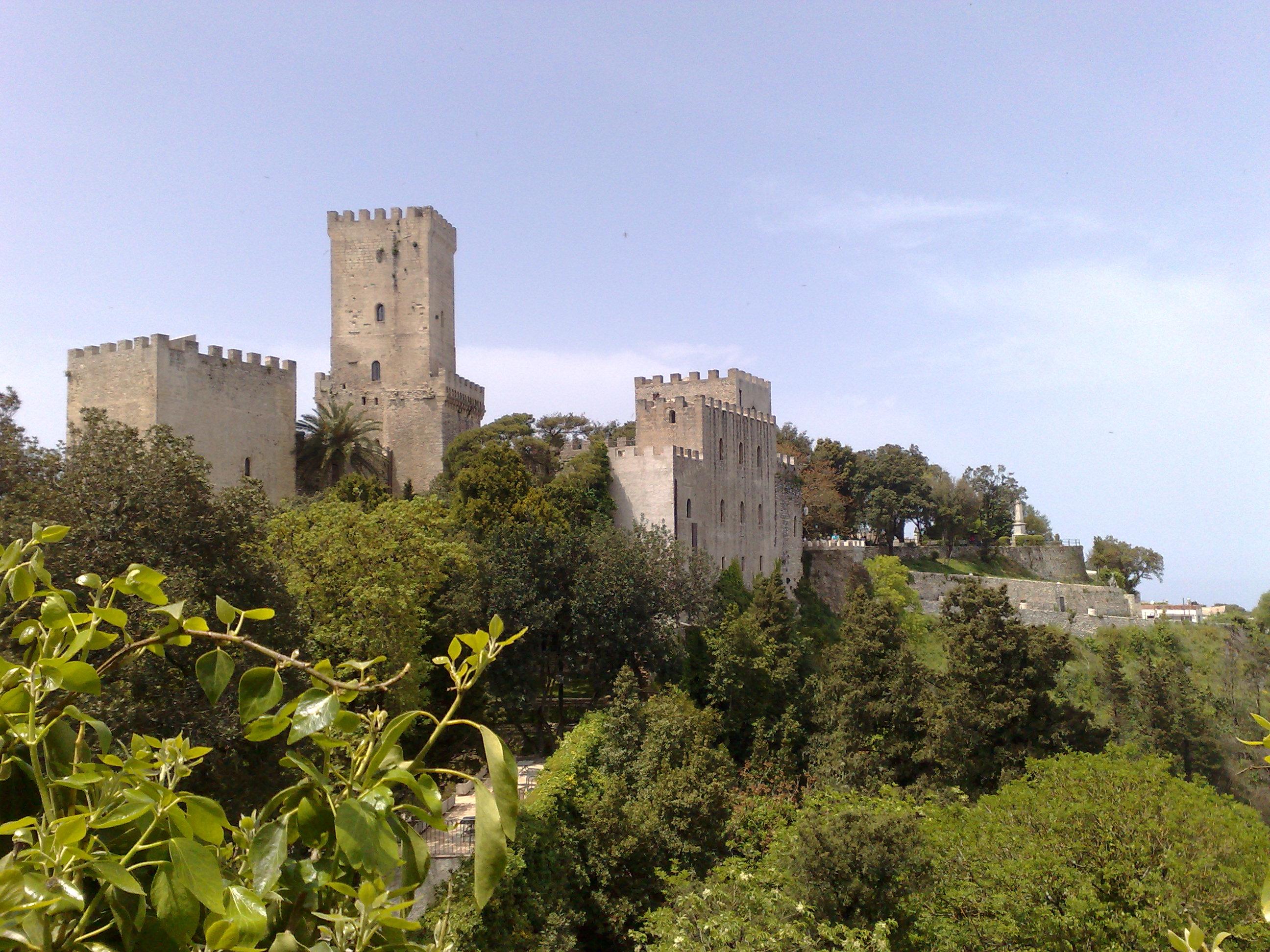 Erice castle.jpg