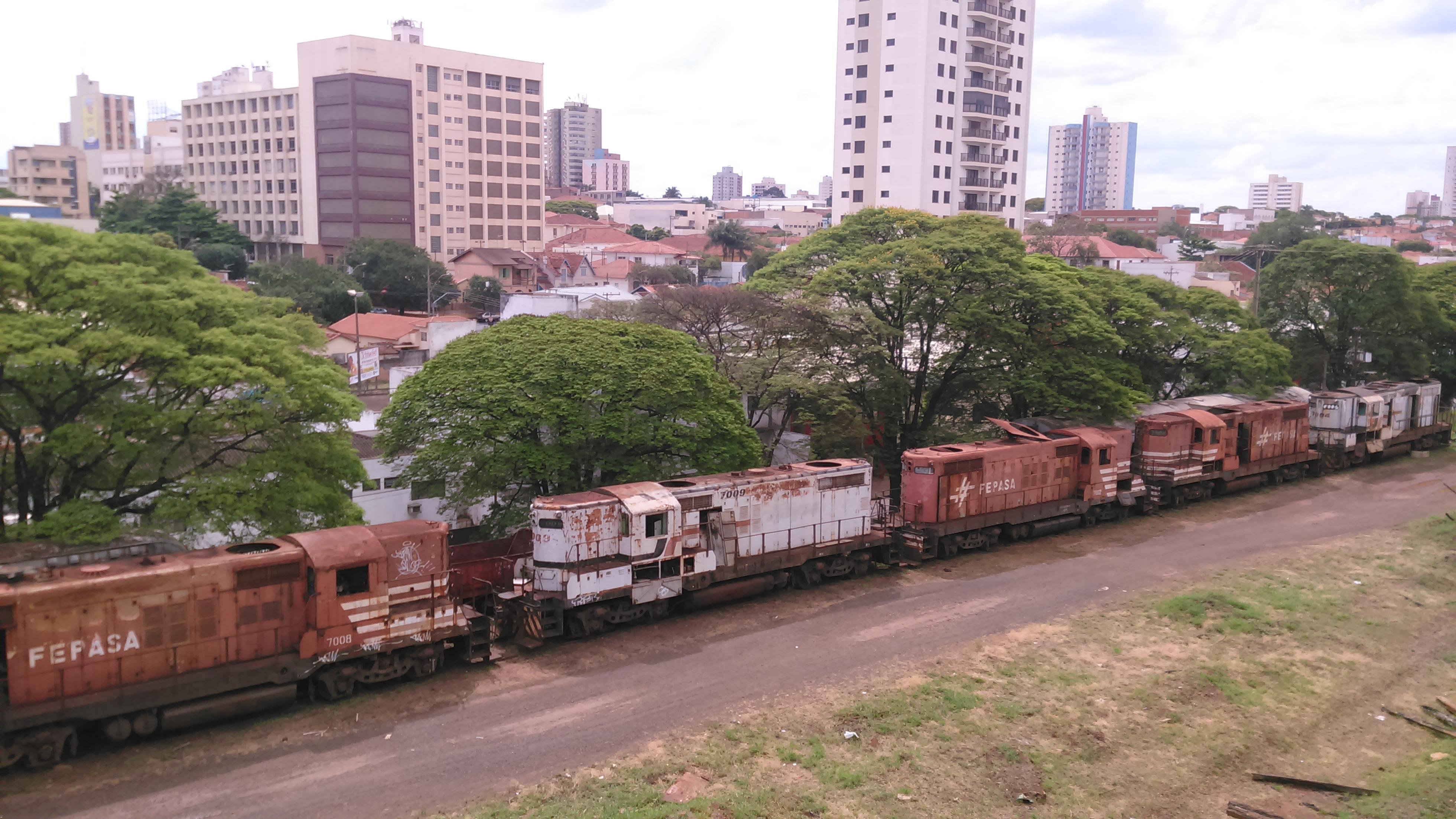 FileEstao Ferroviria Araraquara 5