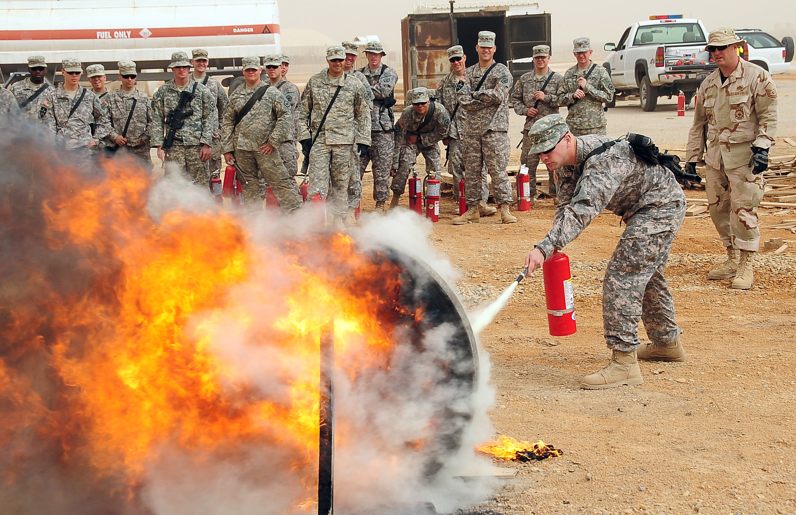 File:Flickr - The U.S. Army - Fire training.jpg - Wikimedia Commons