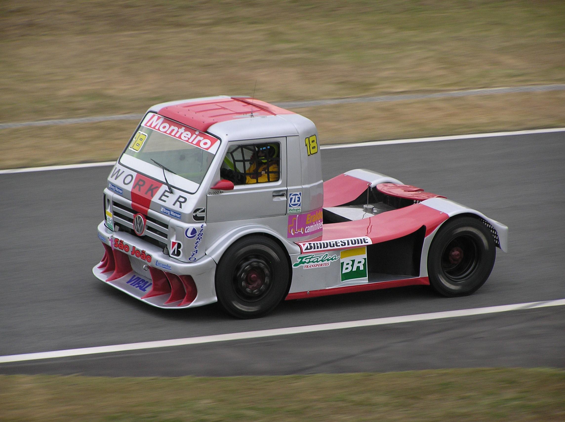 Formula_Truck_2006_Volkswagen_Monteiro..