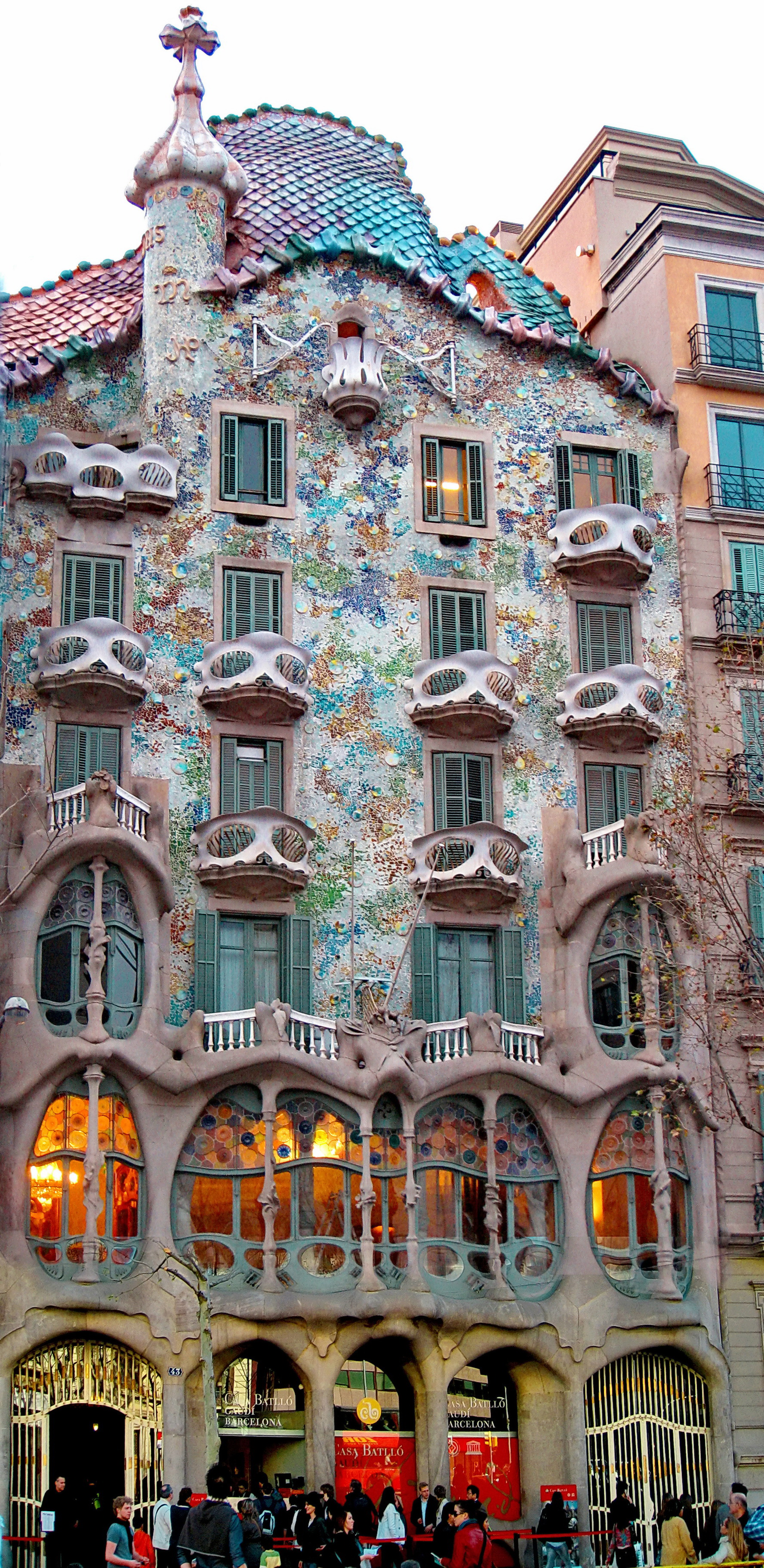 I mean, look at this thing. Casa Batlló, photo by Wikipedia user Amadalvarez, CC BY-SA 3.0