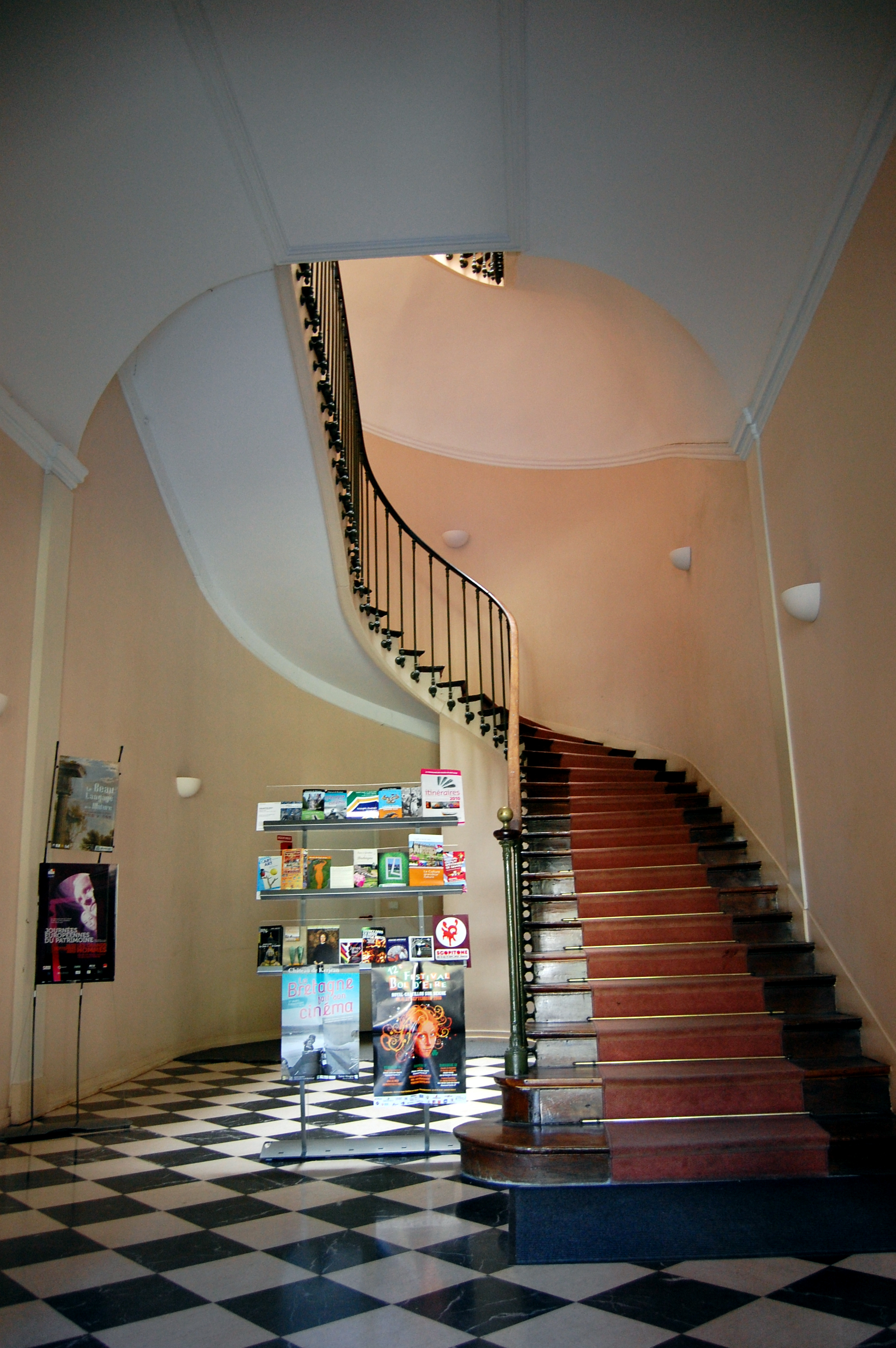 file h tel de blossac escalier int wikimedia. Black Bedroom Furniture Sets. Home Design Ideas