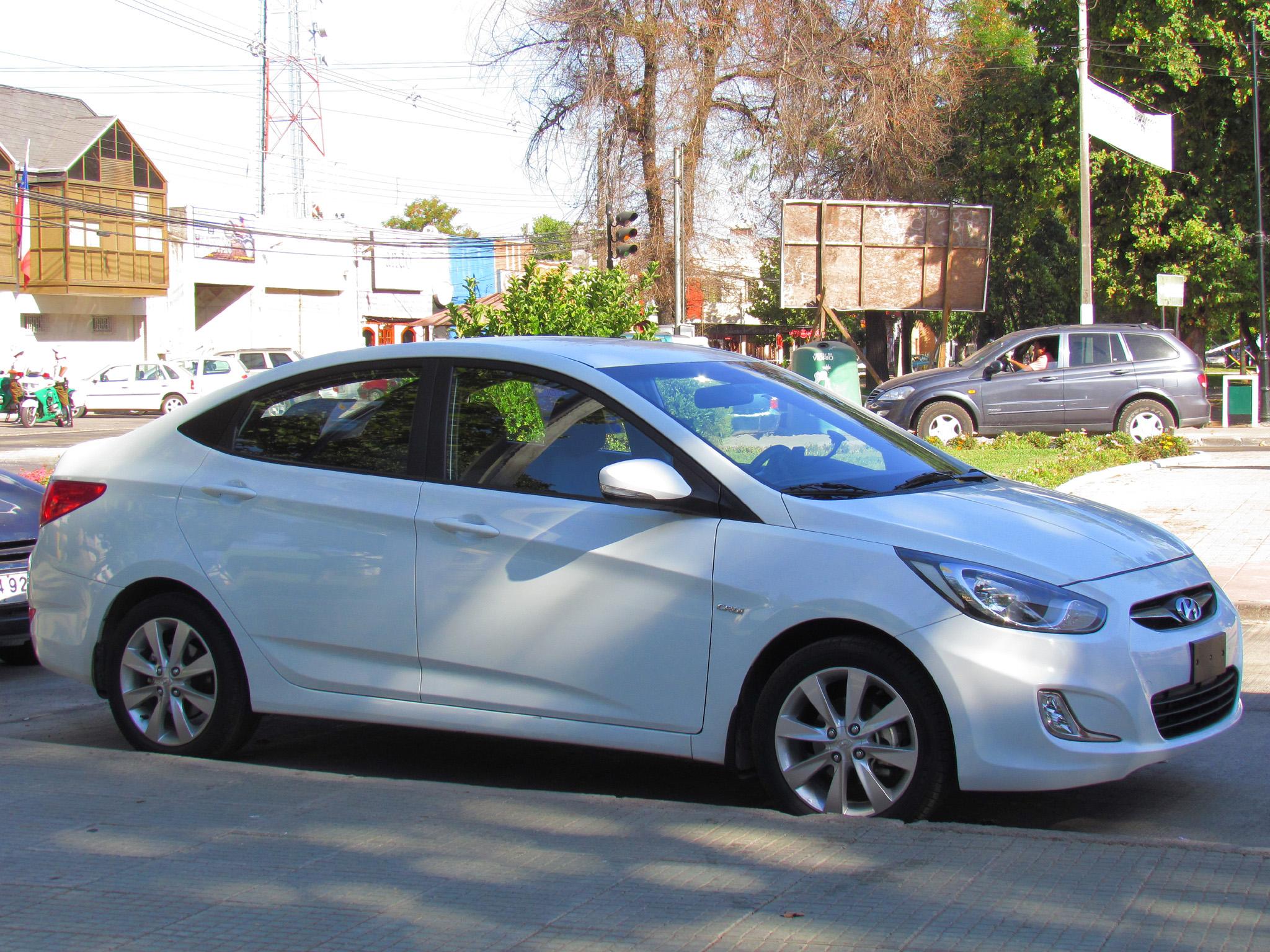 Delightful File:Hyundai Accent GLS 1.6 CRDi 2013 (9714319958)