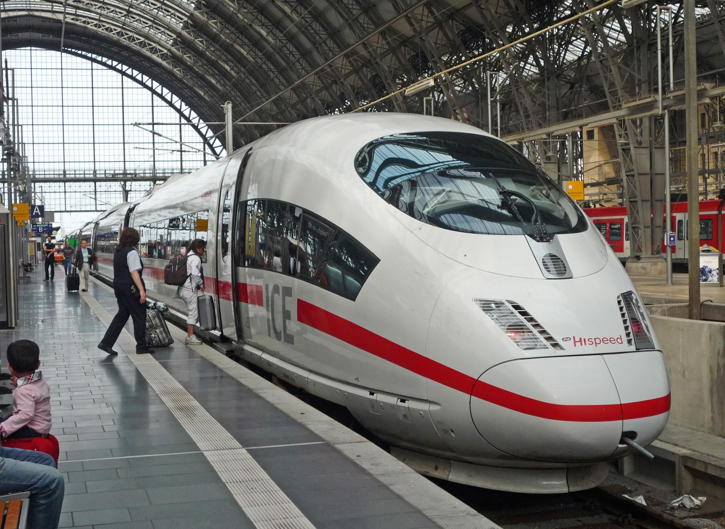 Trem de Paris a Stuttgart