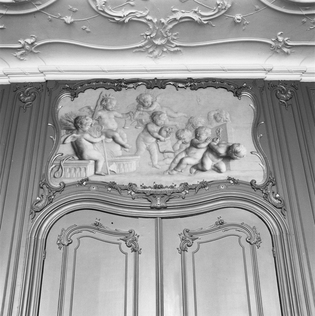 file interieur vierschaar dessus de porte grisaille schildering goes 20283522. Black Bedroom Furniture Sets. Home Design Ideas