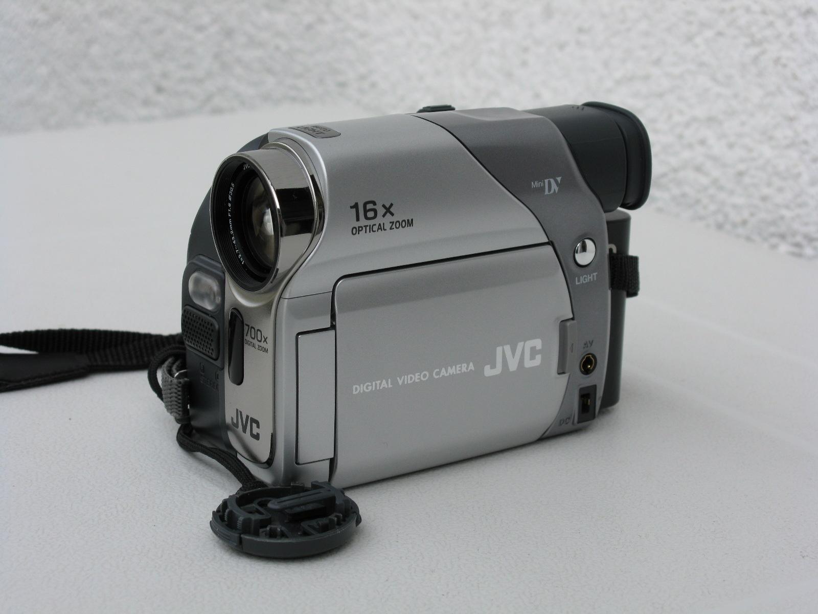 JVC GR-D73 - camcorder - Mini DV Specs