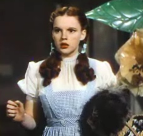 File:Judy Garland in The Wizard of Oz trailer  2.jpg