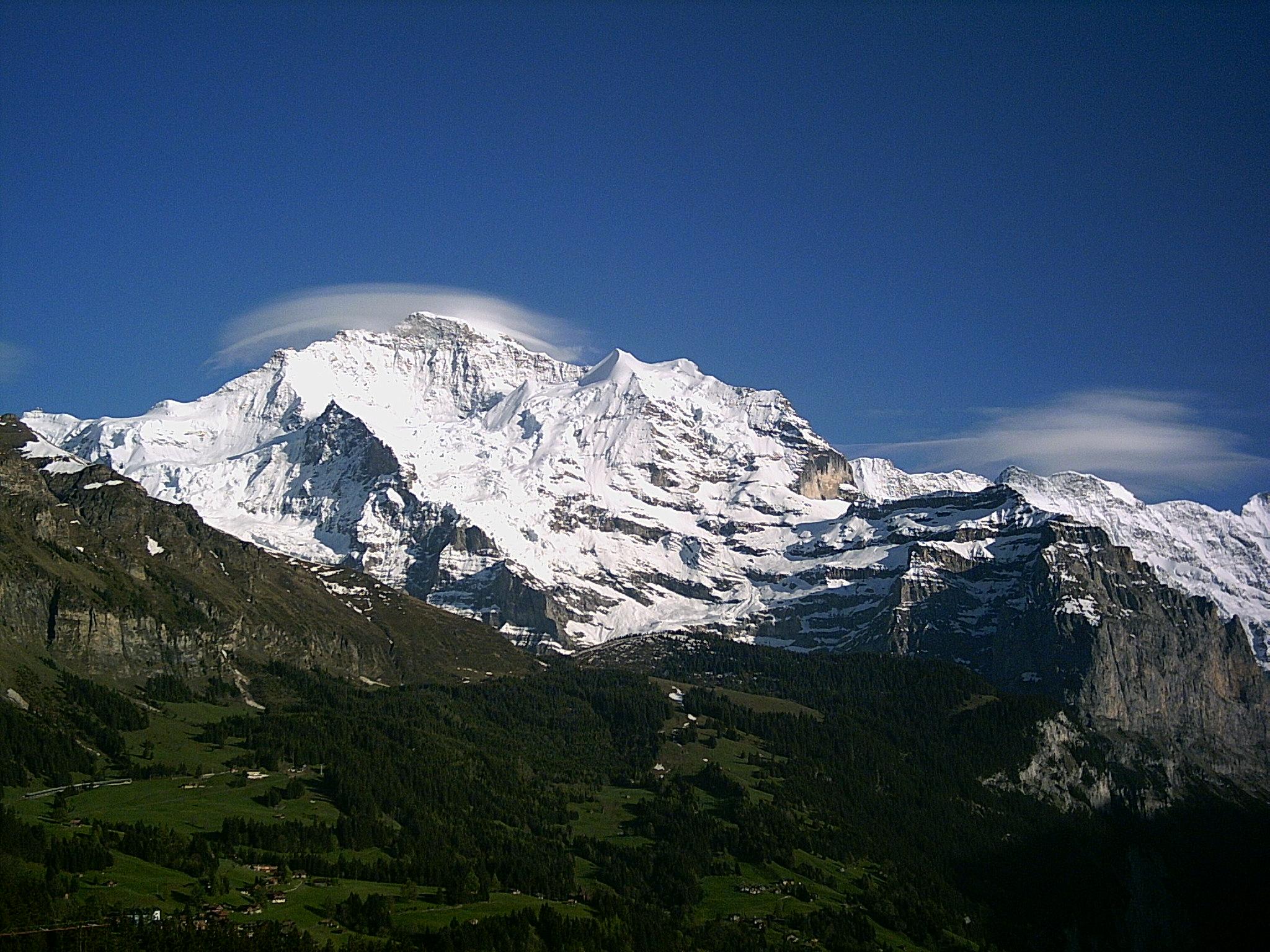 Jungfrau (Berg) - Wikiwand