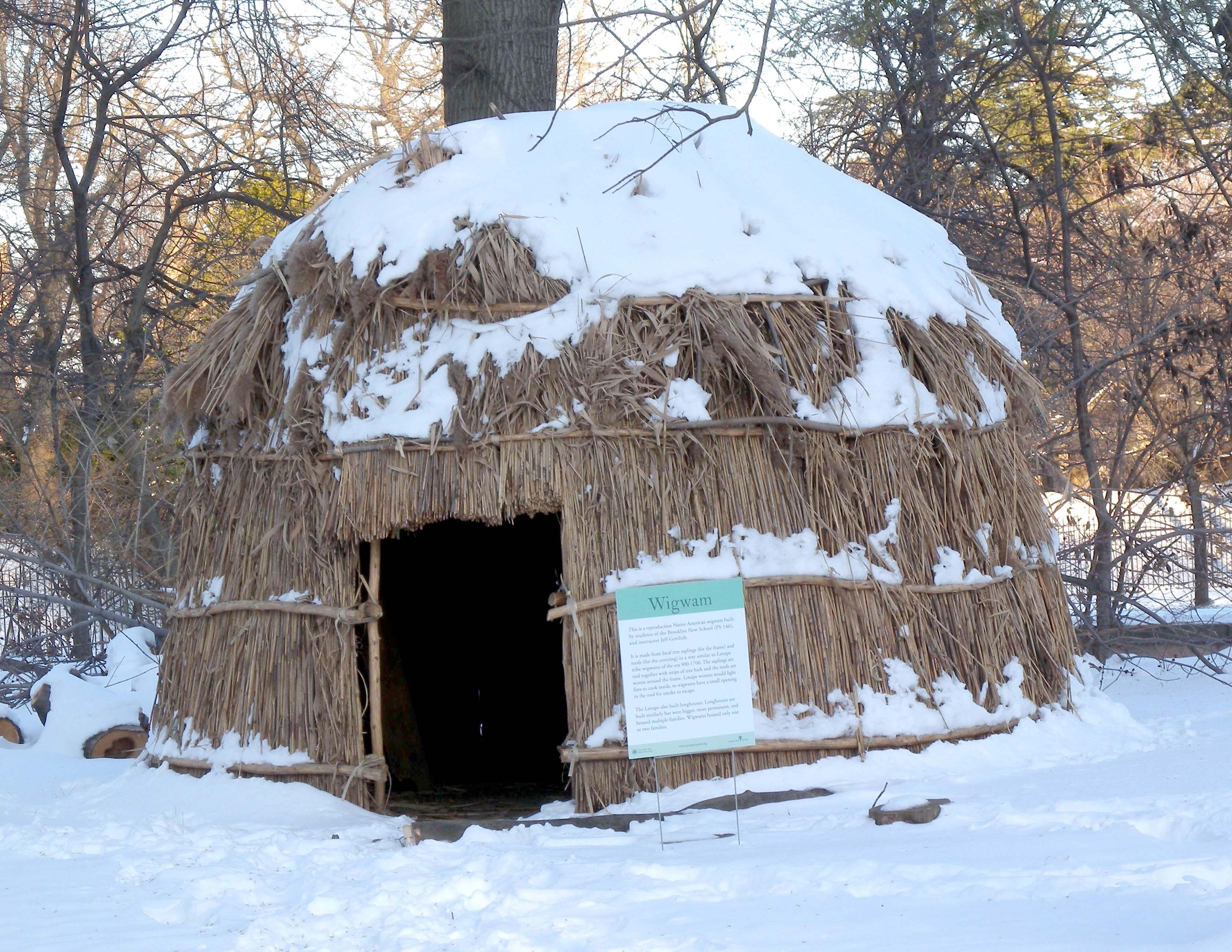 Description Lef... Inuit Artifacts History